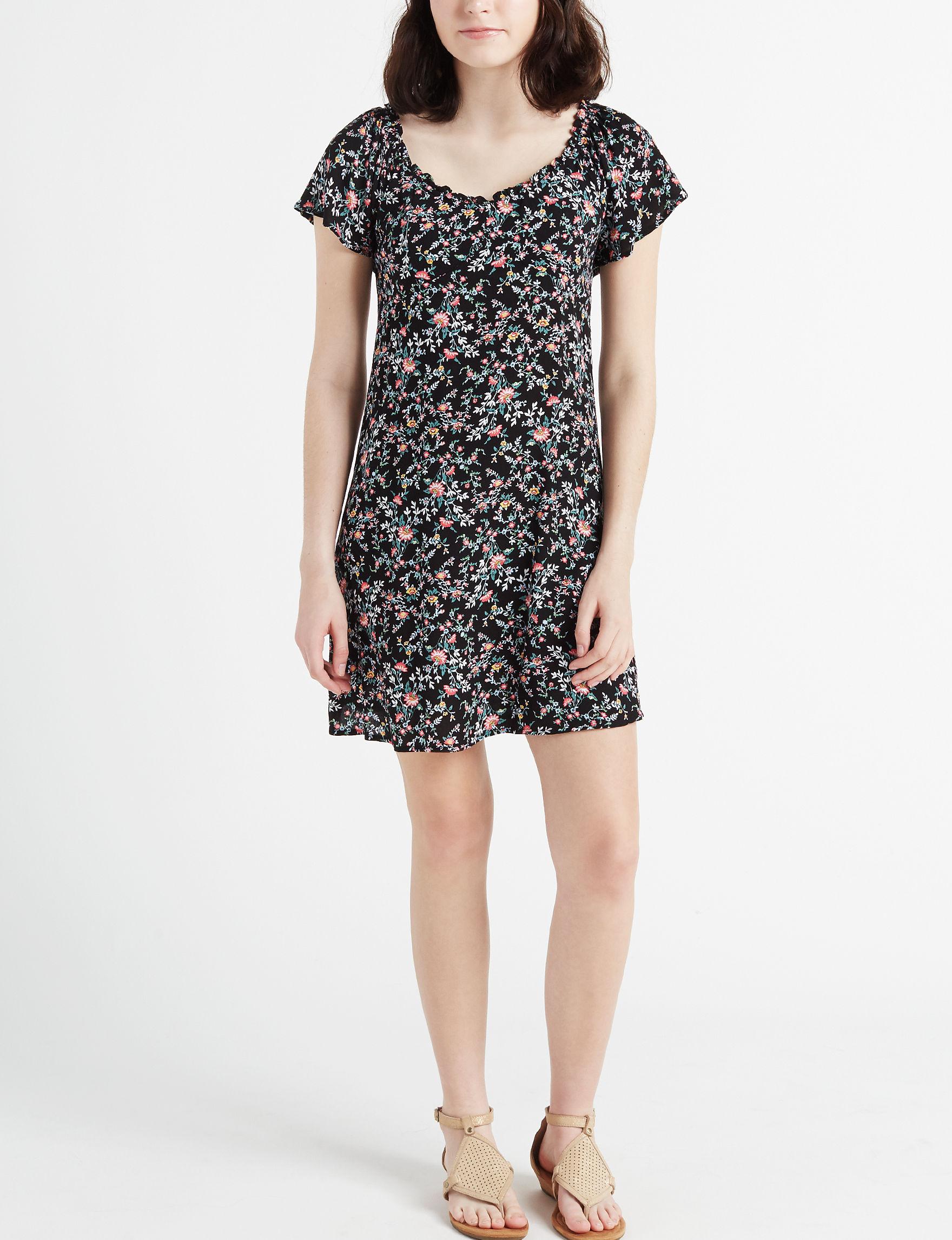 Trixxi Black / Blush Everyday & Casual Shift Dresses