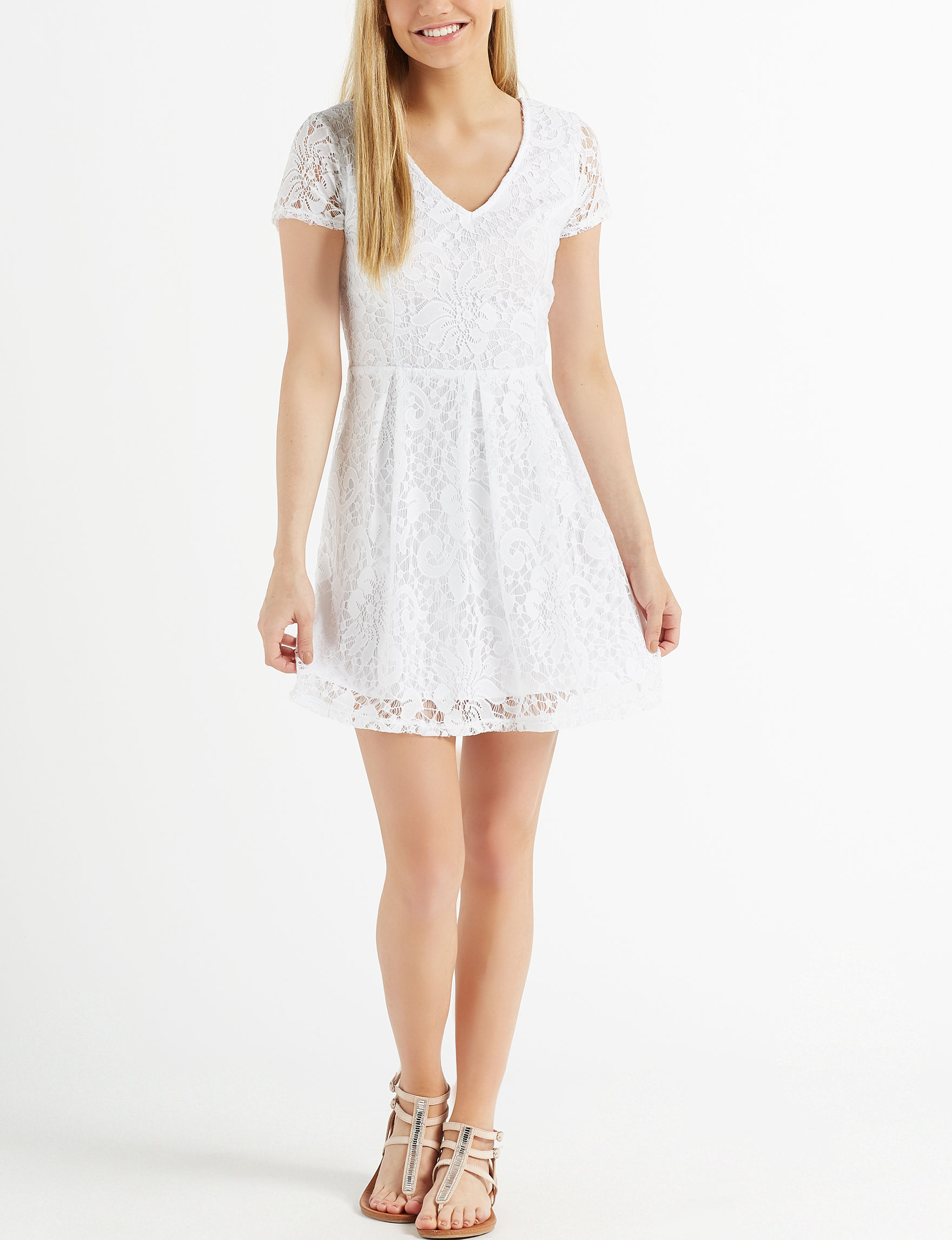 Speechless White Everyday & Casual Shift Dresses