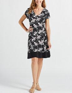 4677d7b7c75 Connected Women s Floral Polka Dot Shift Dress