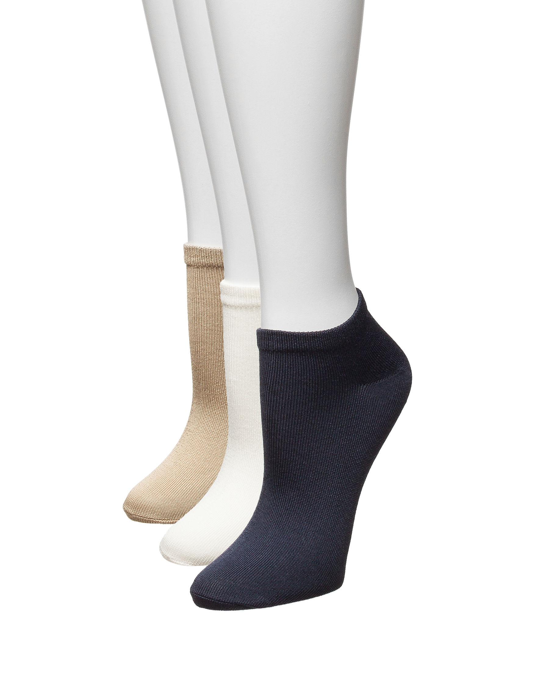 Hanes Ivory / Tan / Navy Socks