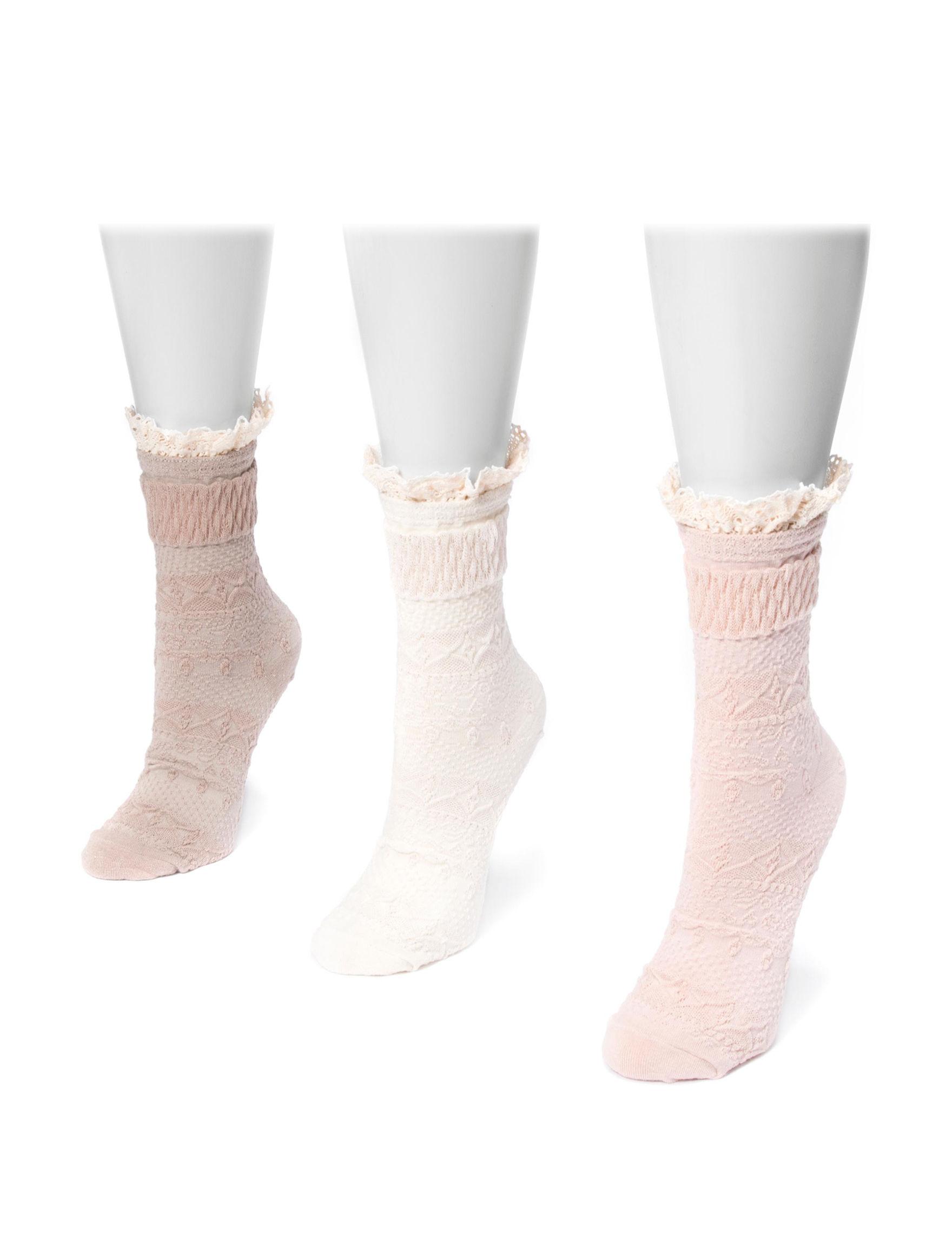 Muk Luks Blush Socks