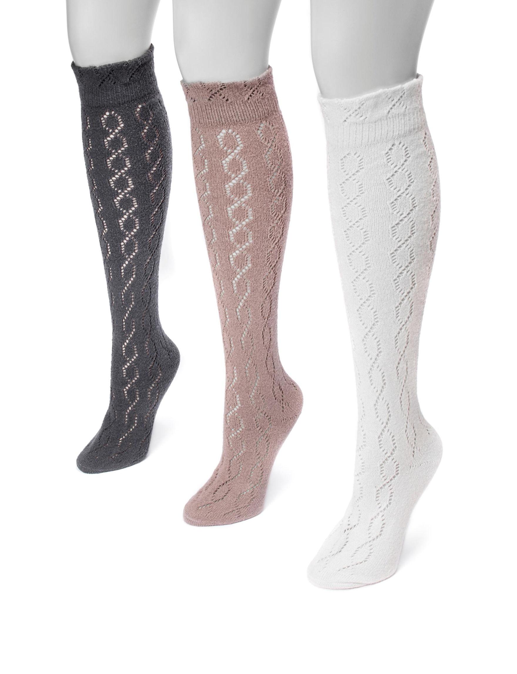 Muk Luks Neutral Socks