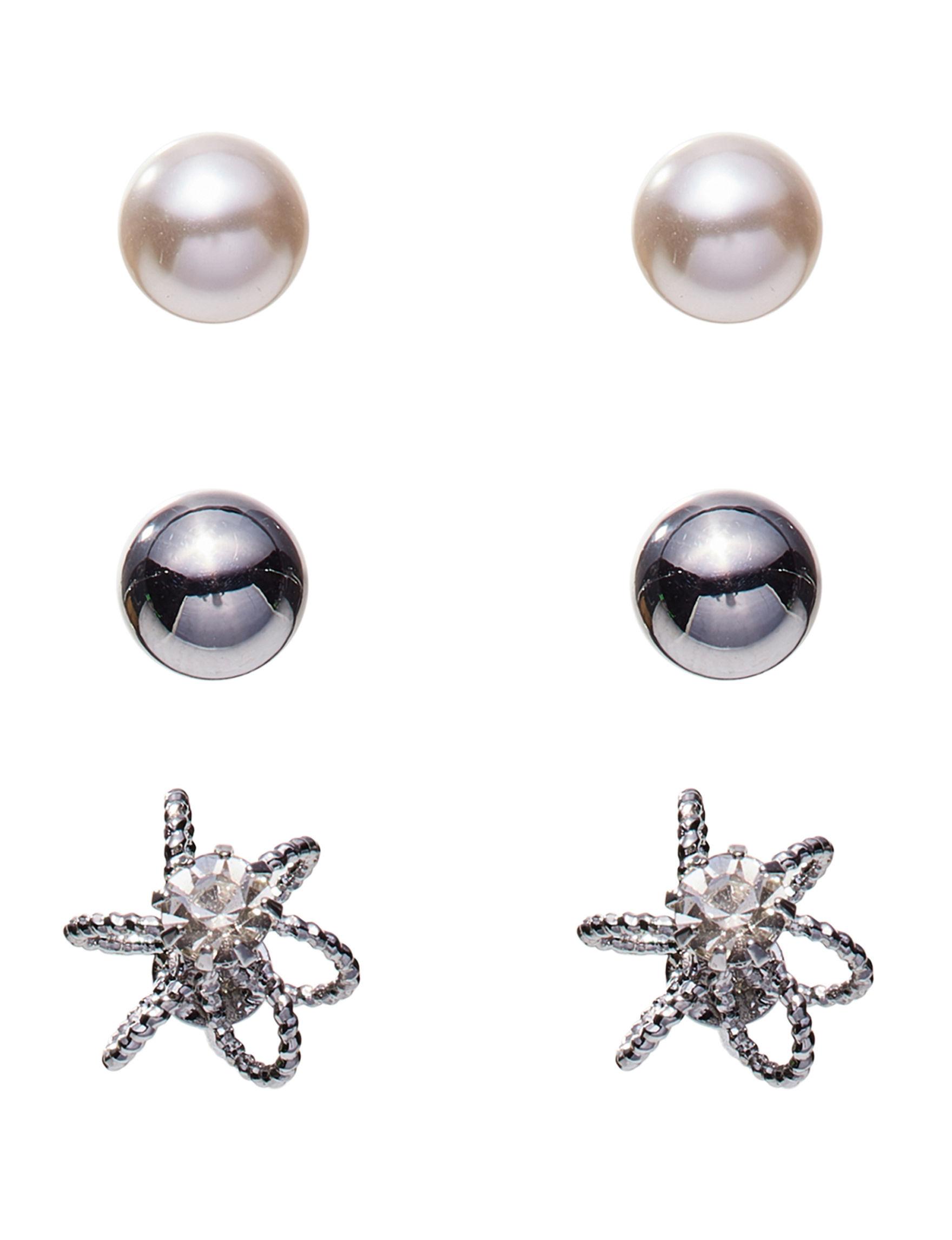 Hannah Silver Studs Earrings Fashion Jewelry