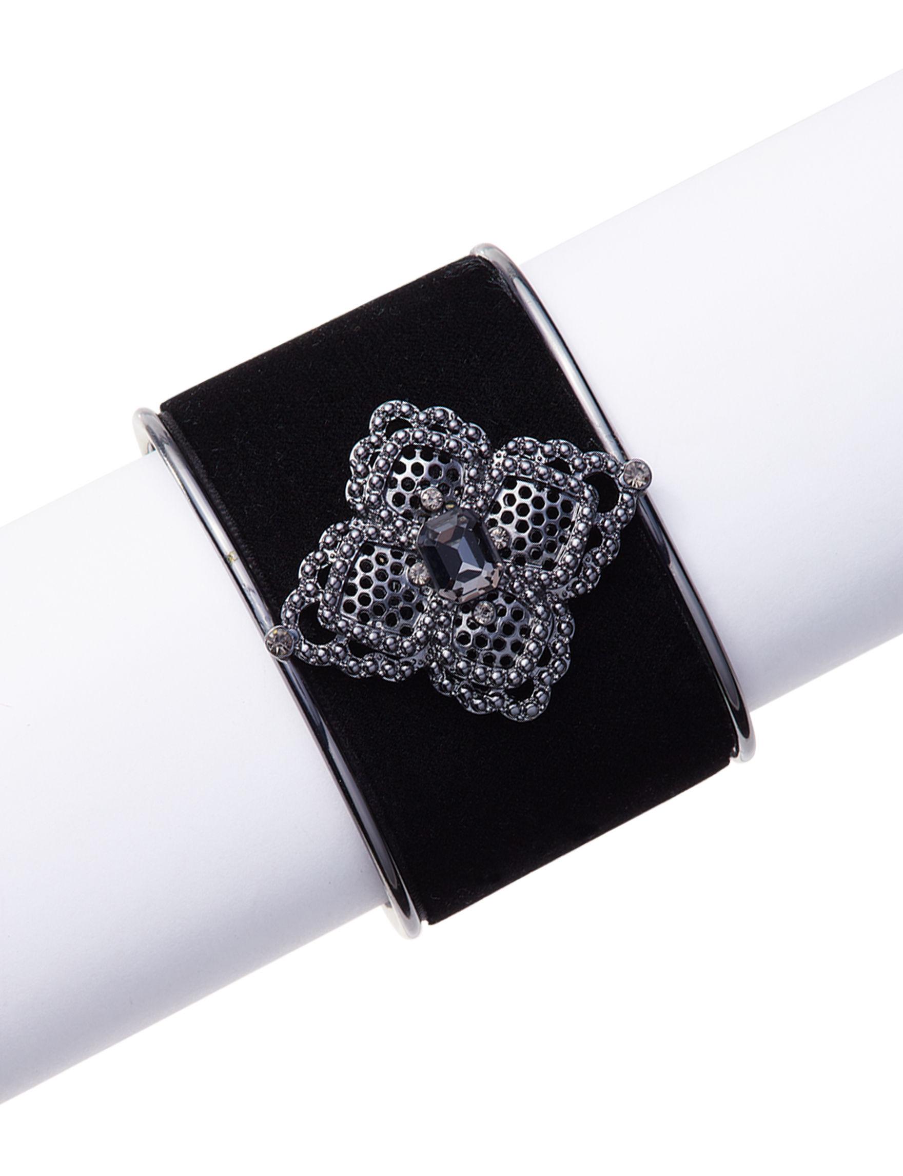 Hannah Black Bracelets Fashion Jewelry