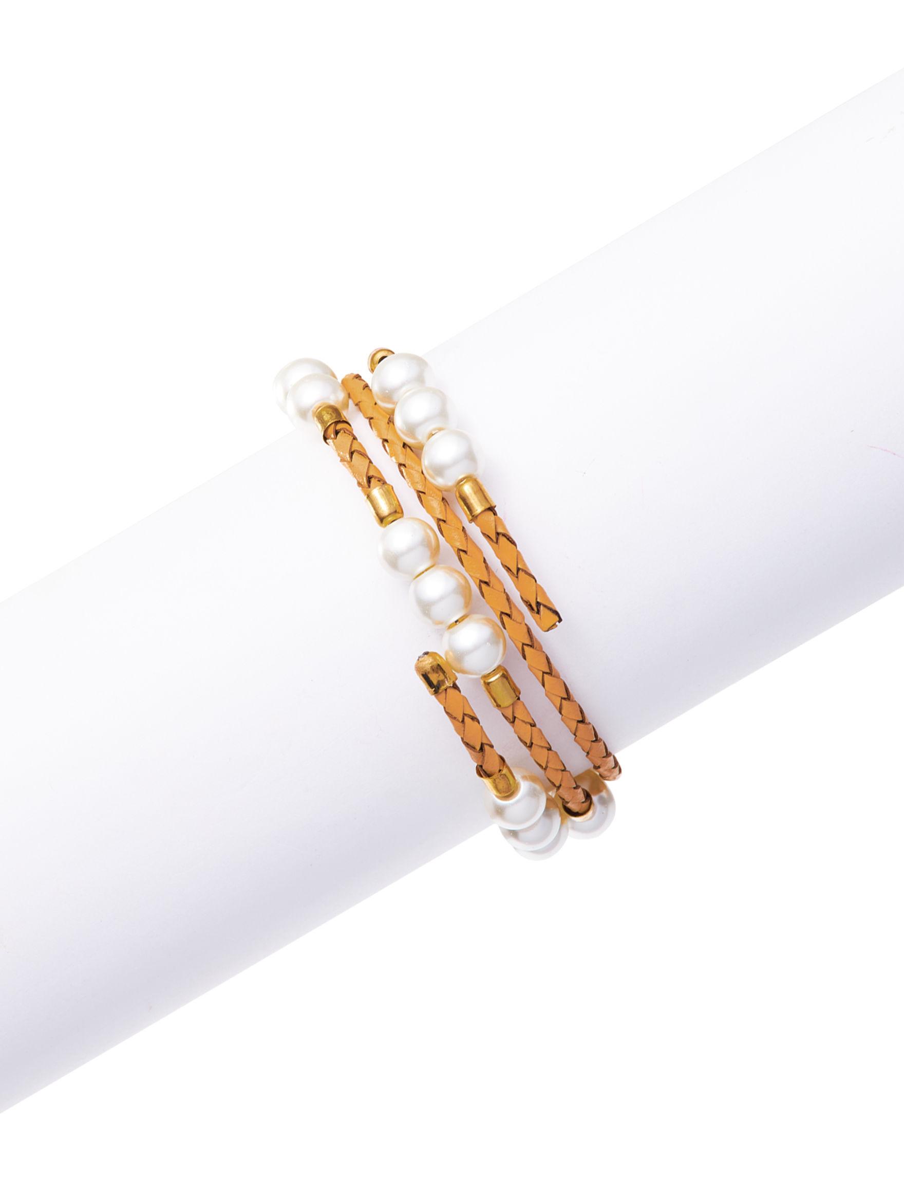 Hannah Gold / Pearl Bracelets Fashion Jewelry
