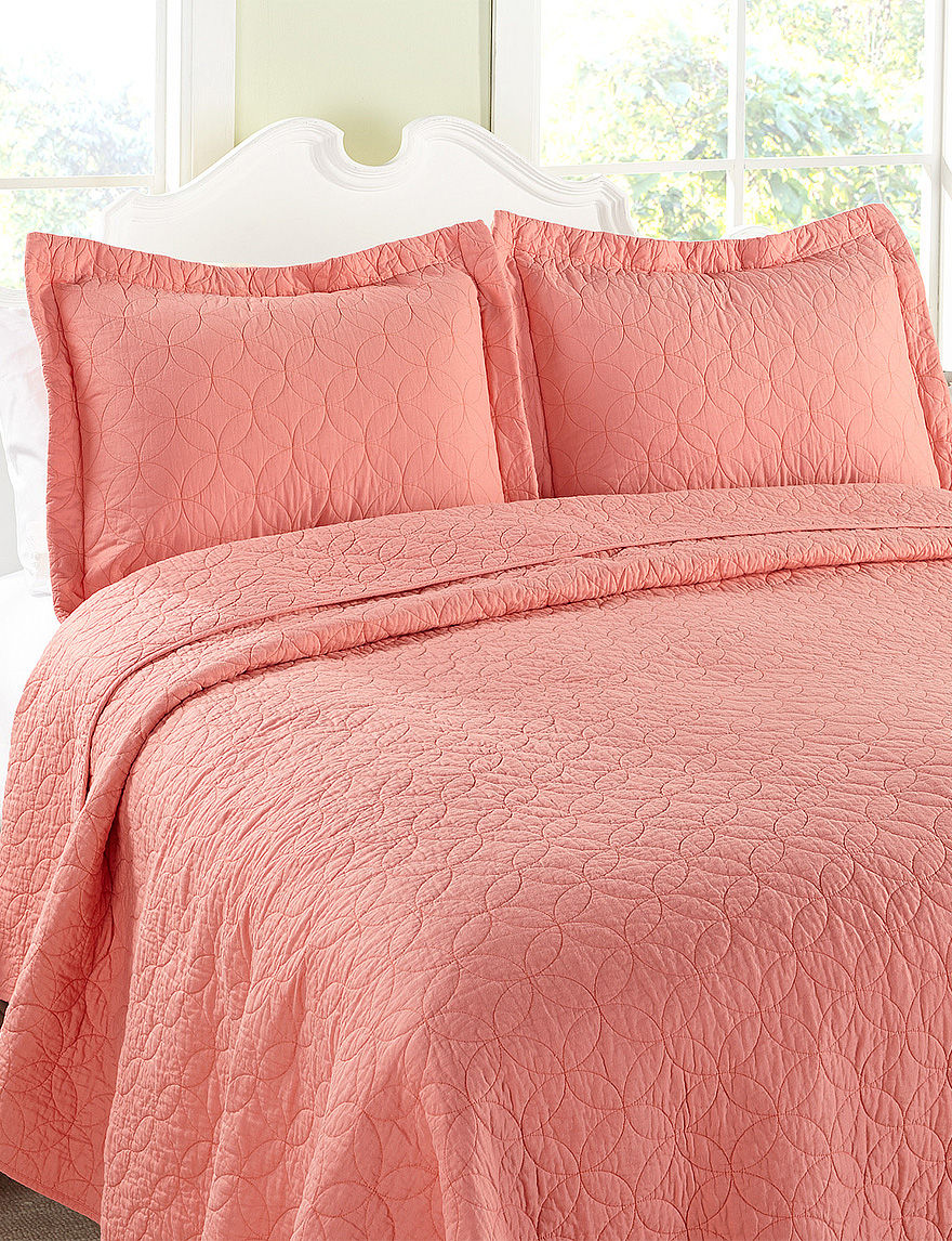 laura ashley coral circle quilt set stage stores. Black Bedroom Furniture Sets. Home Design Ideas