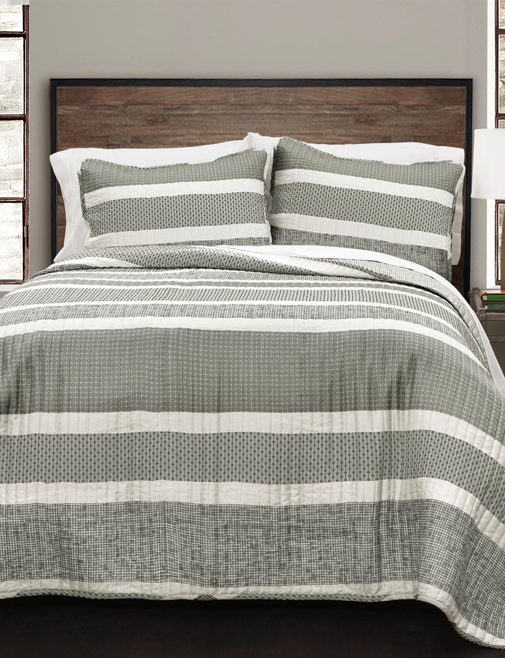 Lush Decor Grey Quilts & Quilt Sets