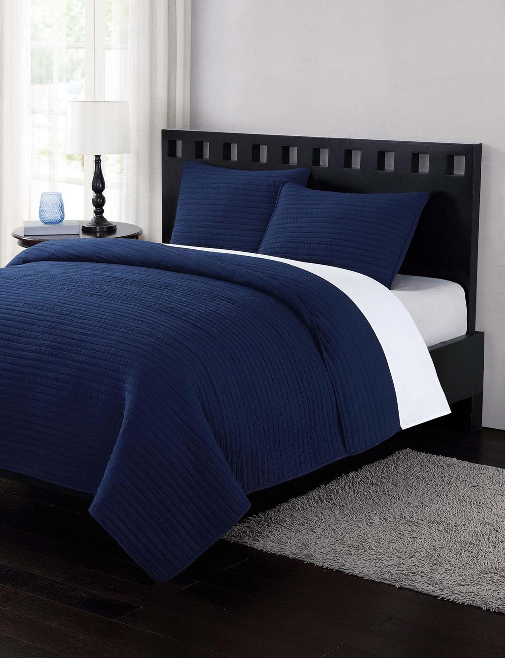 London Fog Blue Quilts & Quilt Sets