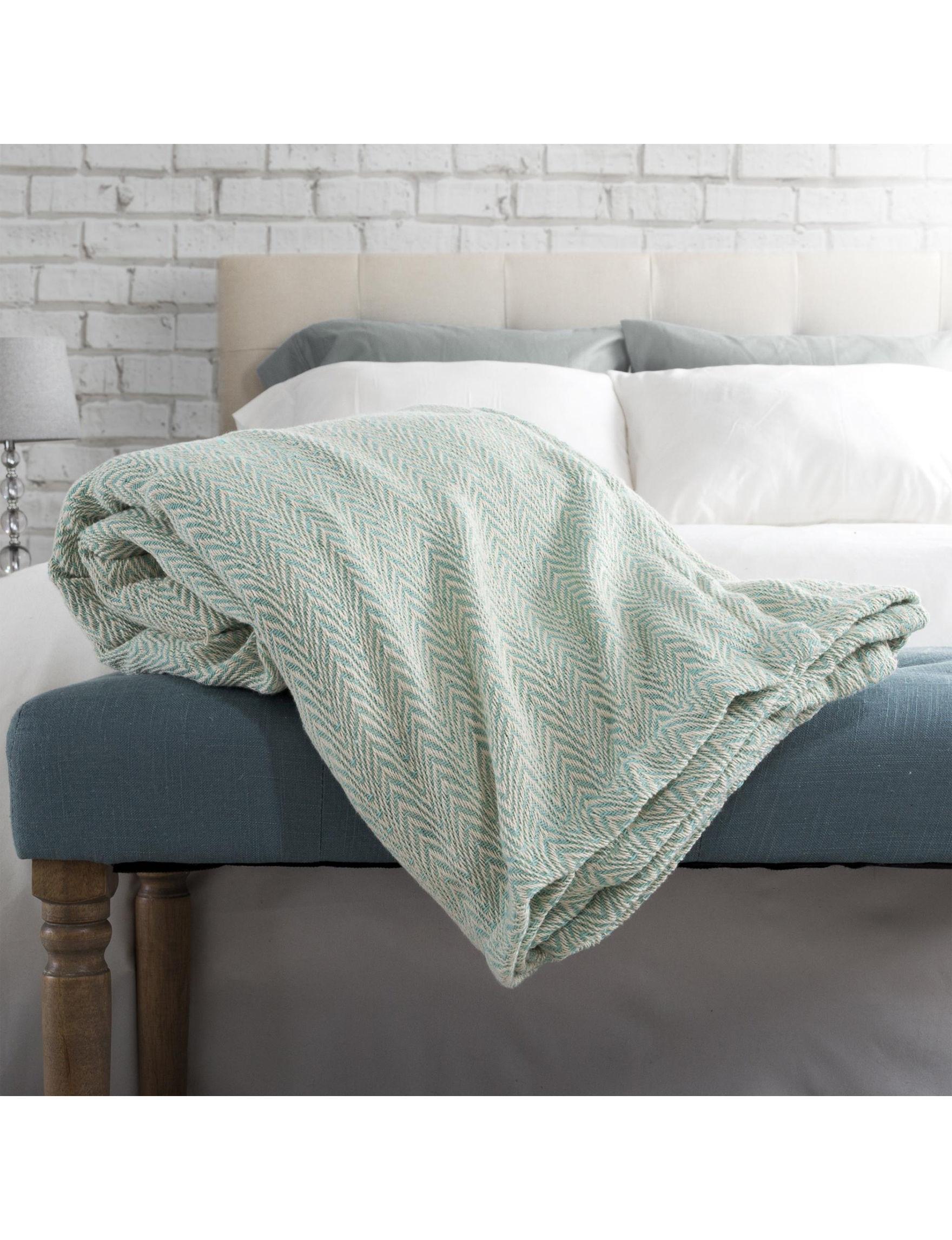 Lavish Home Light Green Blankets & Throws