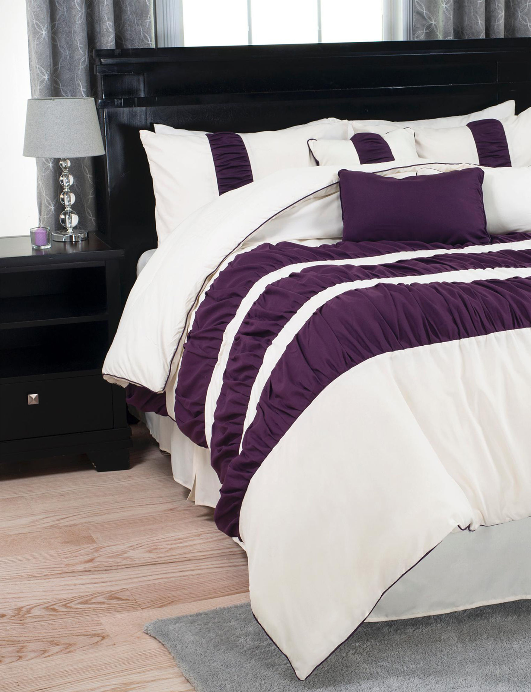 Lavish Home Purple / White Comforters & Comforter Sets