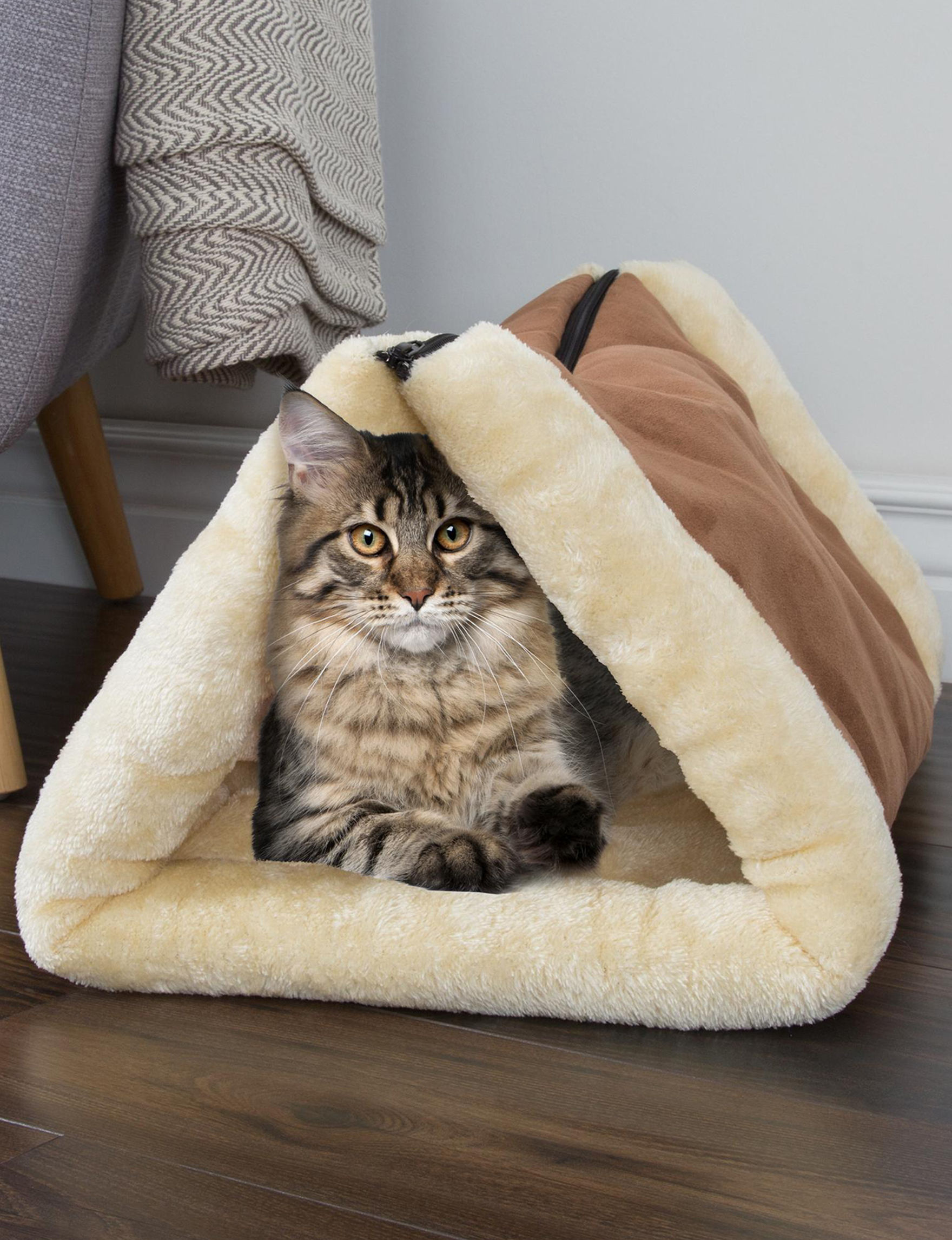 Petmaker Brown / Beige Pet Beds & Houses