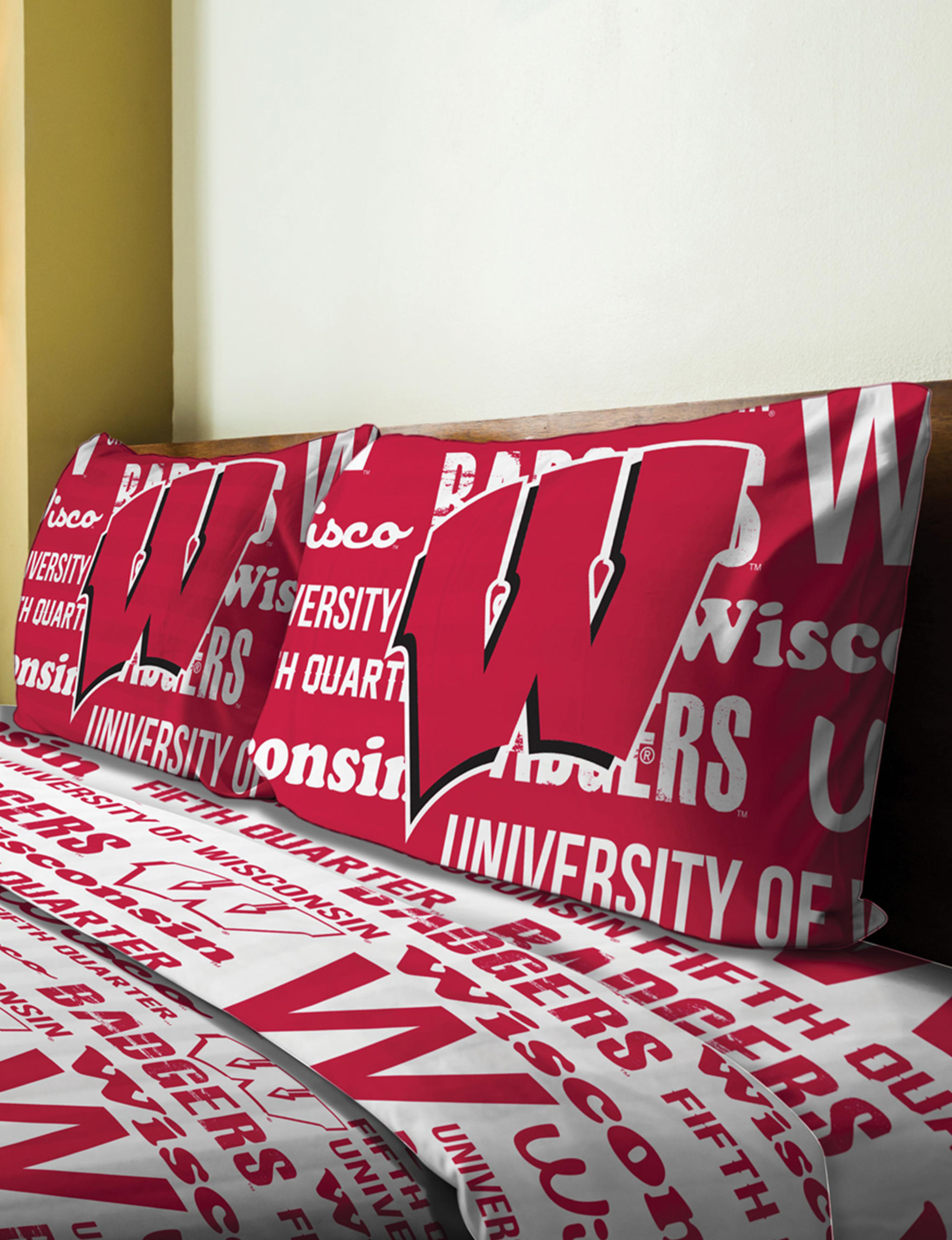 The Northwest Company Red / White Sheets & Pillowcases