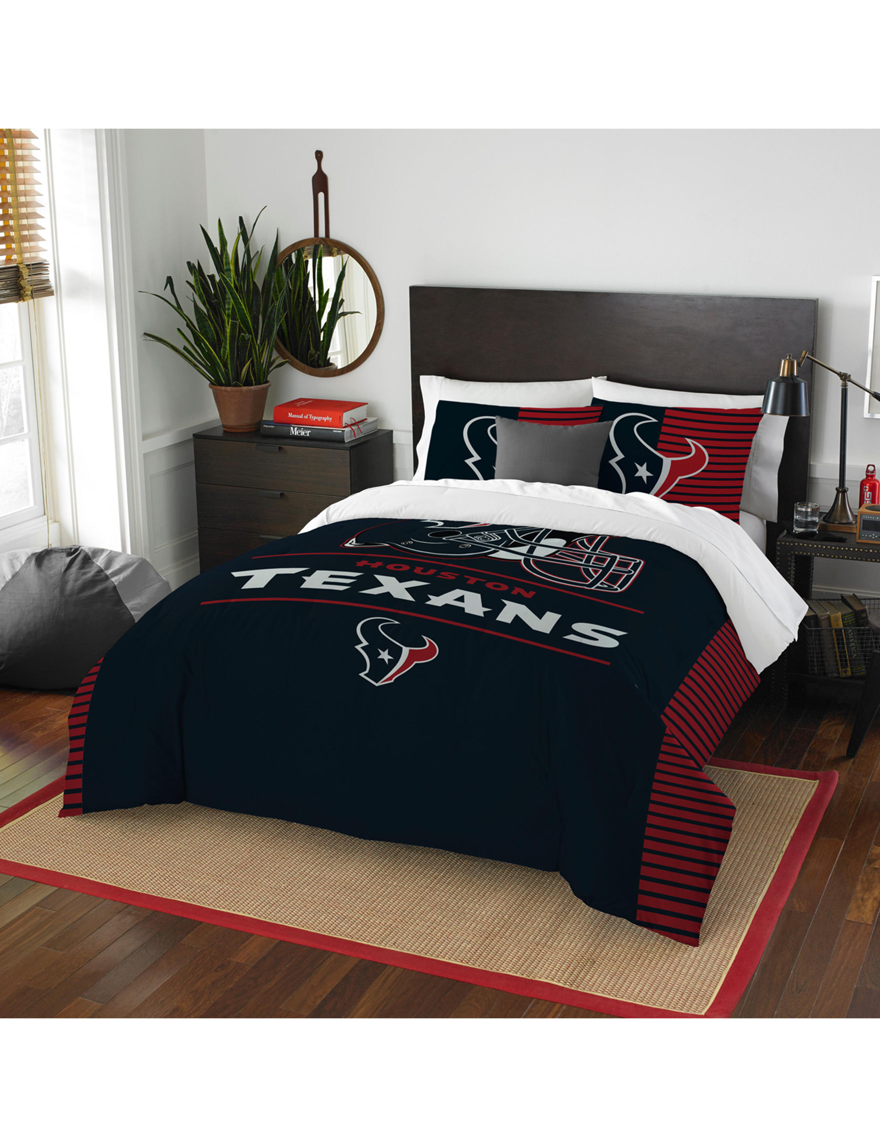 The Northwest Company Navy / Red Comforters & Comforter Sets