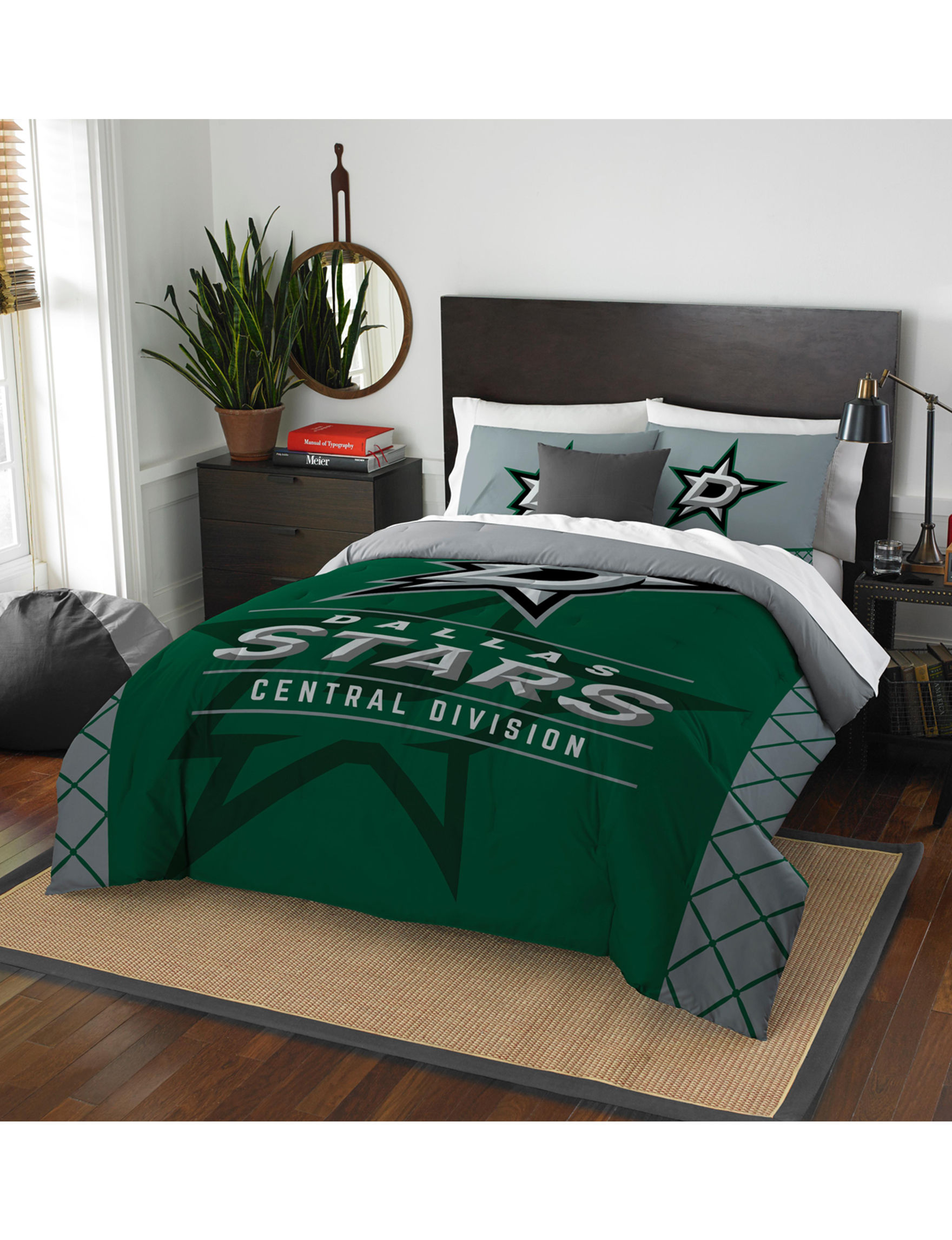 The Northwest Company Green / Silver Comforters & Comforter Sets