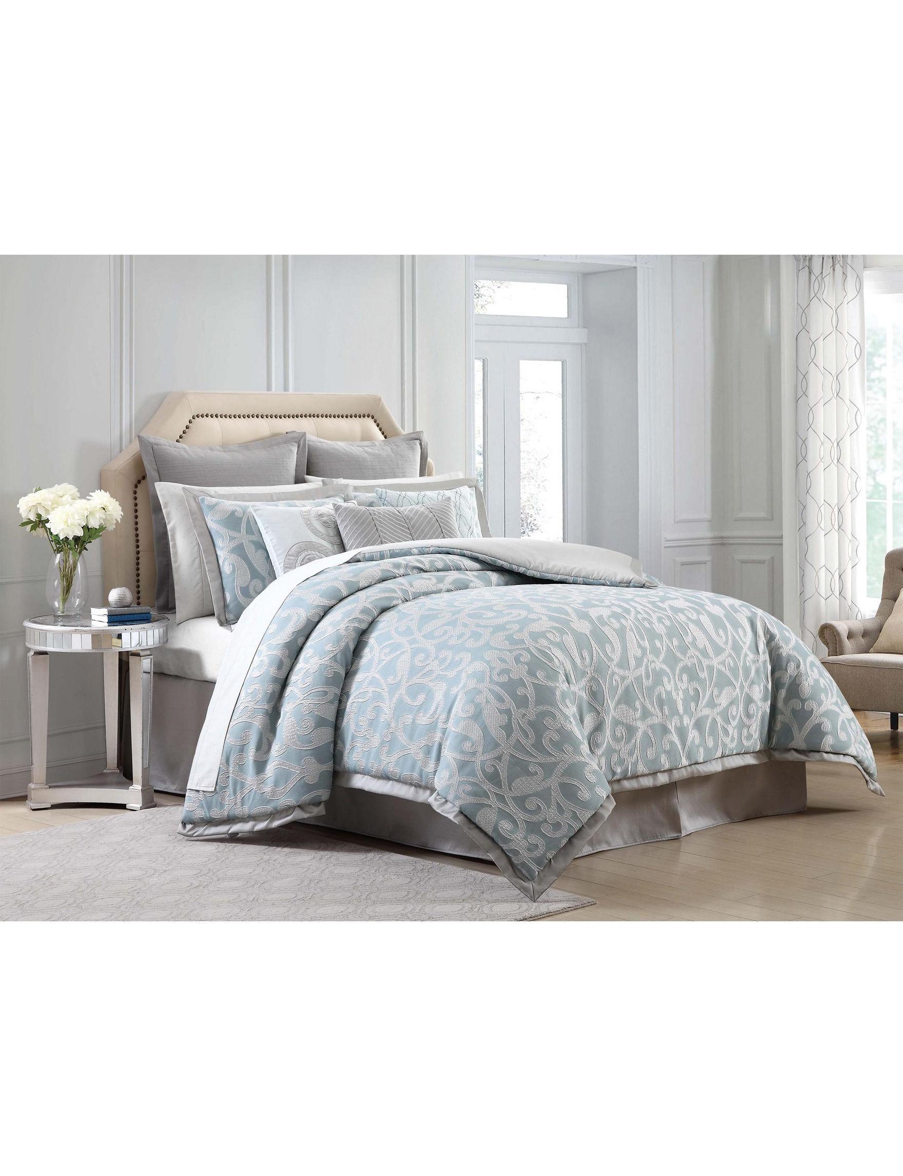Charisma Blue / White Comforters & Comforter Sets