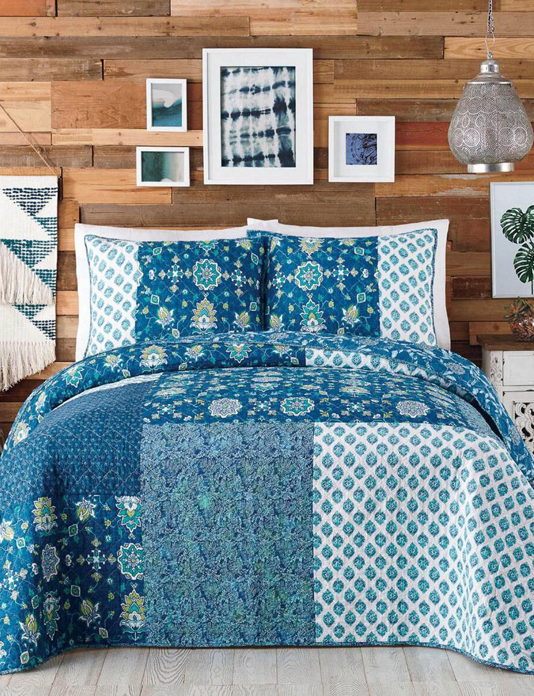 Jessica Simpson Blue Quilts & Quilt Sets