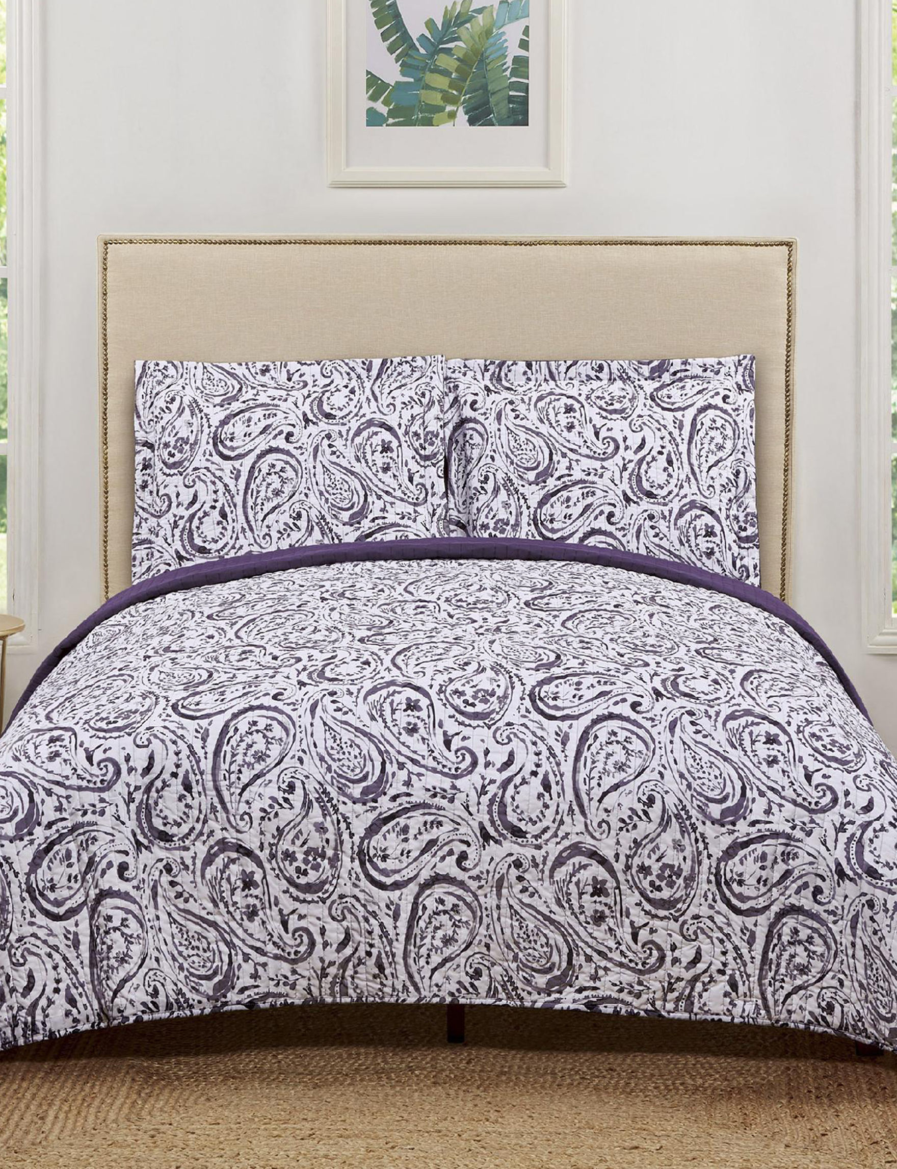 Truly Soft Purple / White Quilts & Quilt Sets