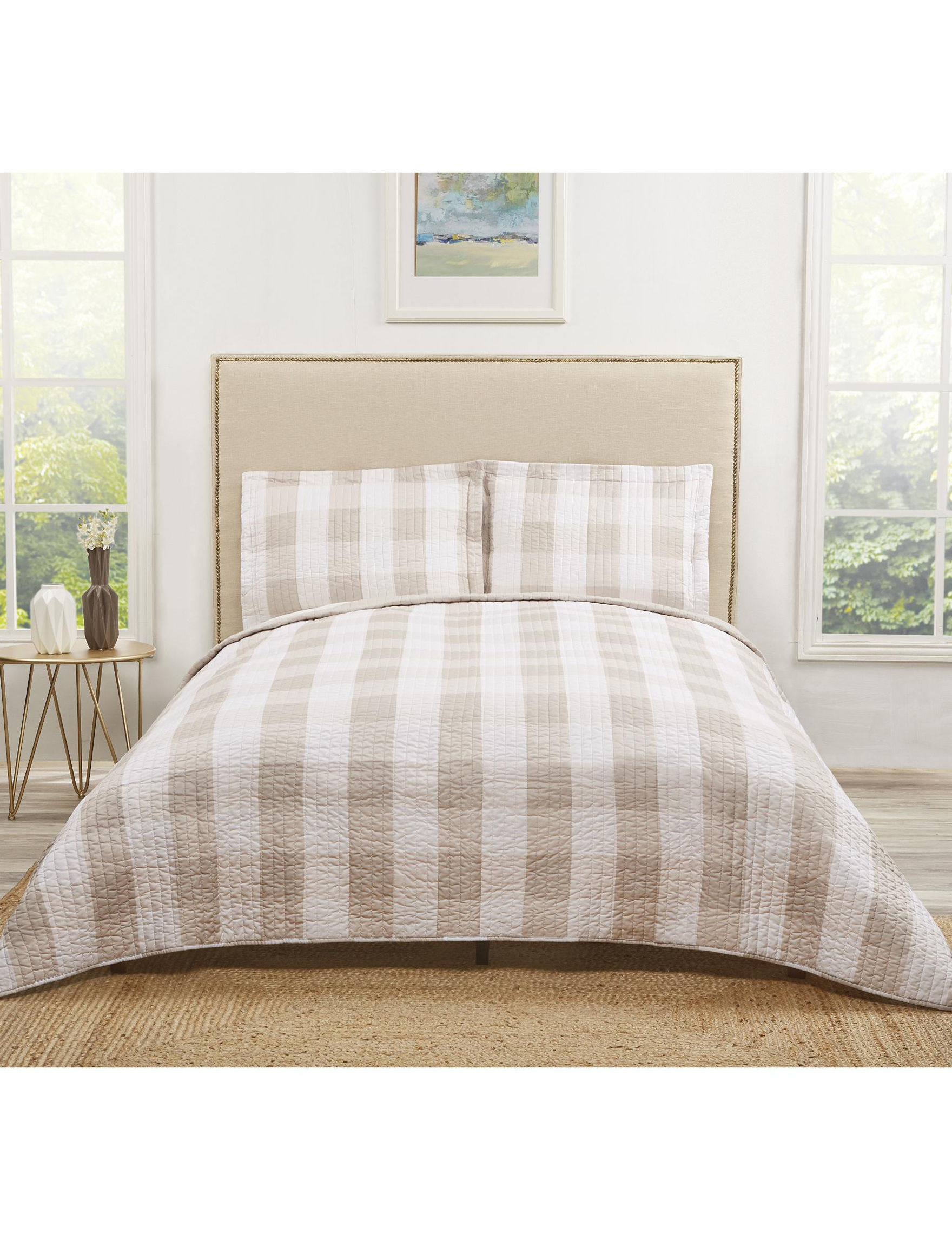 Truly Soft Khaki / White Quilts & Quilt Sets