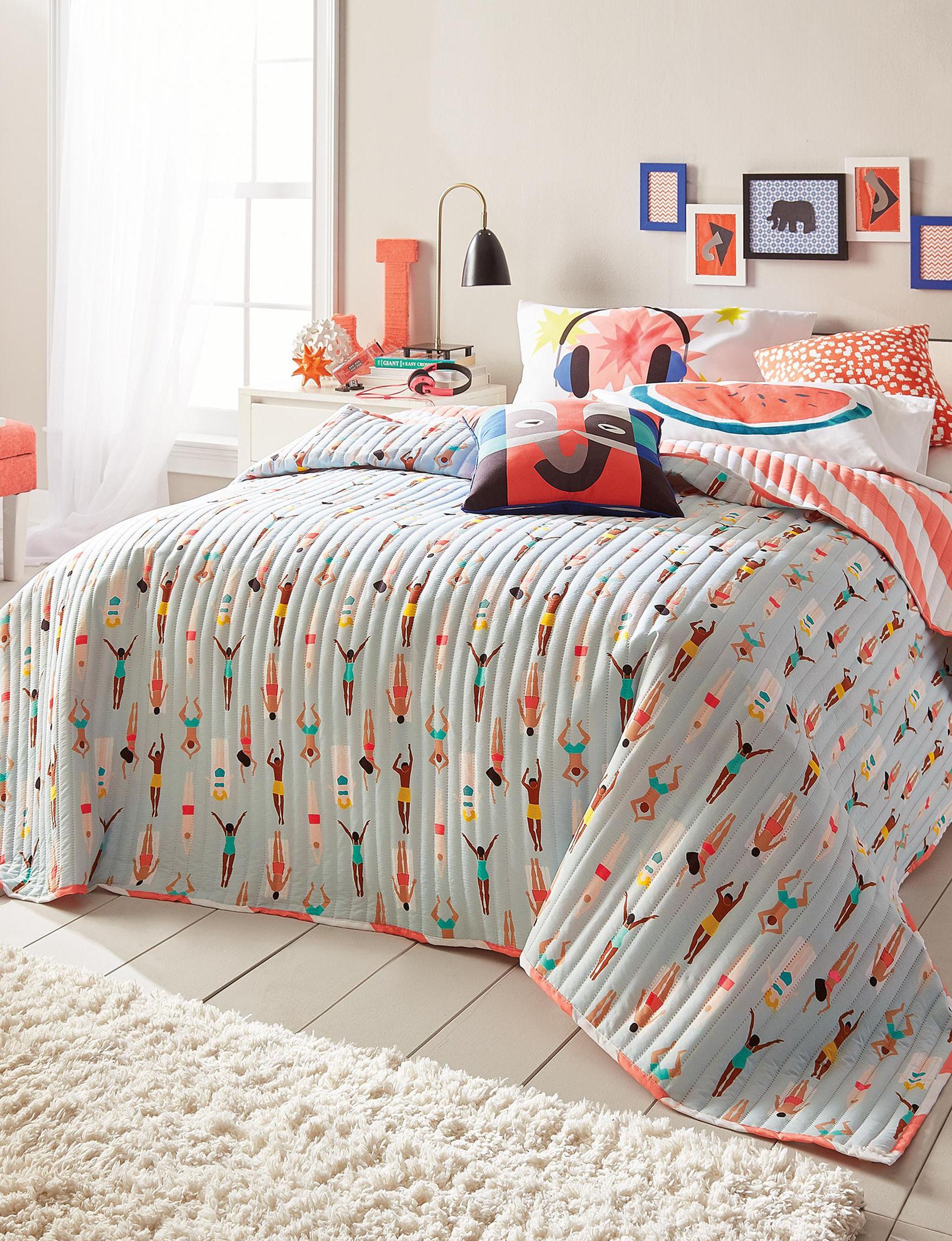 Scribble Blue Multi Quilts & Quilt Sets