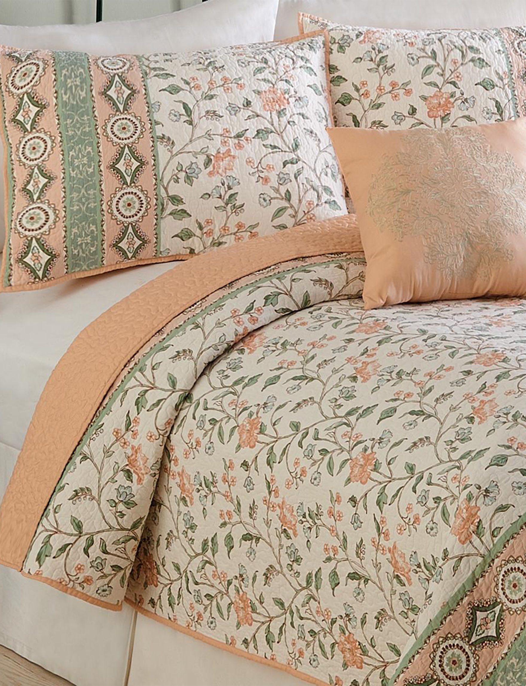 Modern Heirloom Peach Quilts & Quilt Sets