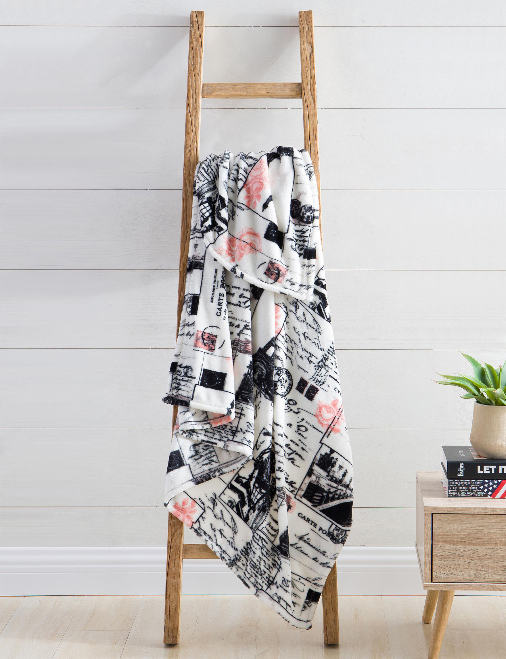 VCNY Home Black Multi Blankets & Throws