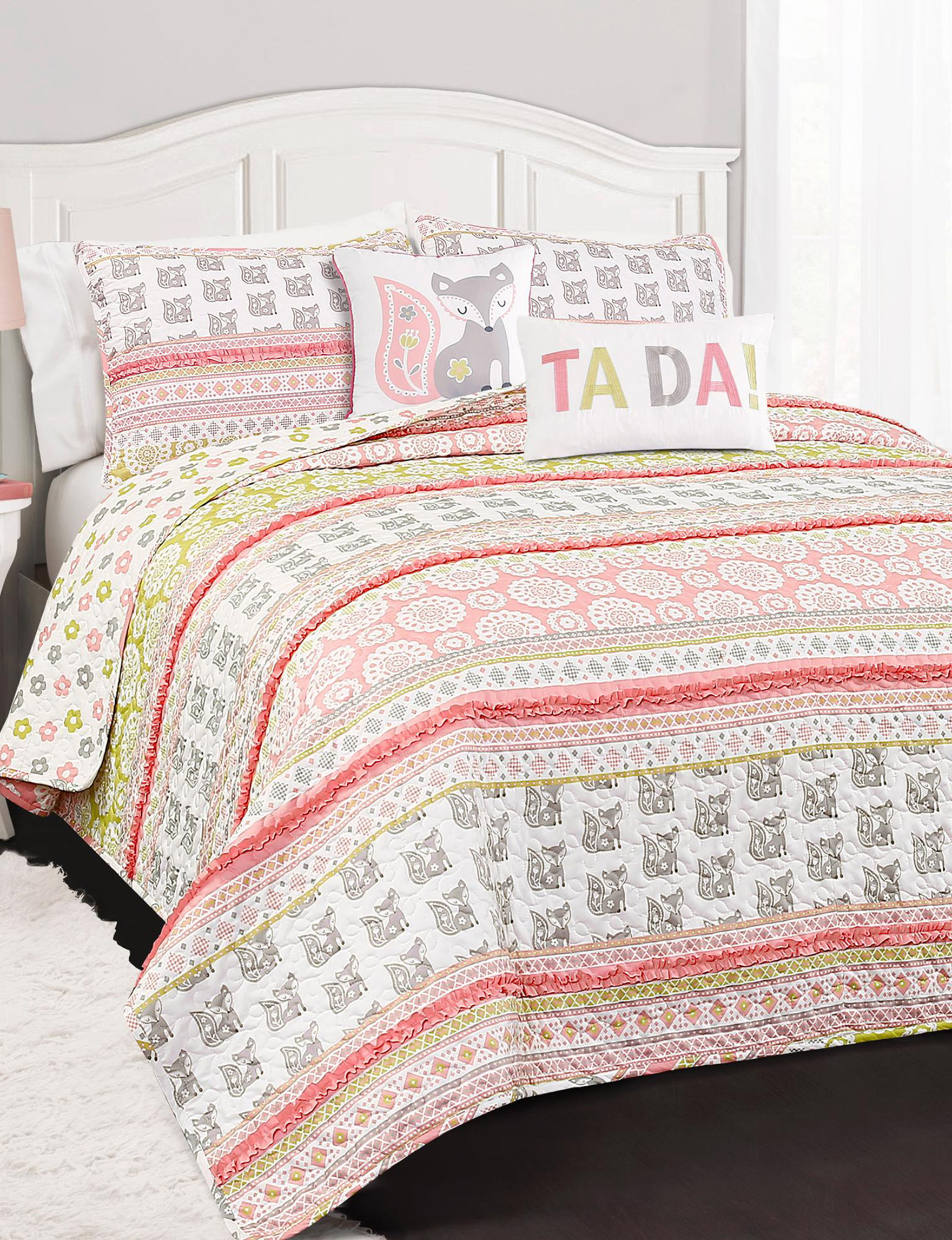 Lush Decor White / Pink / Grey Quilts & Quilt Sets
