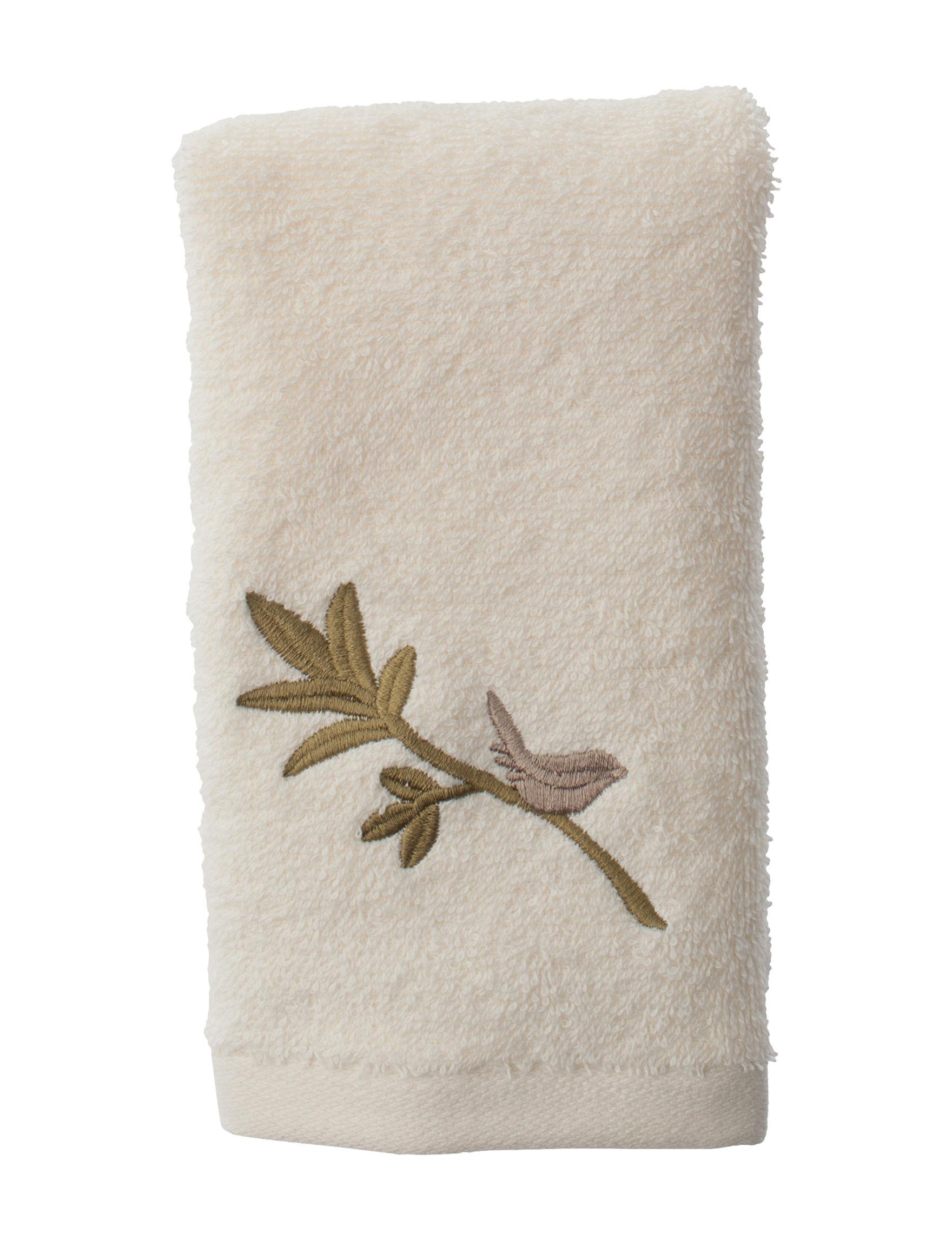 Avanti Beige Fingertip Towels Towels