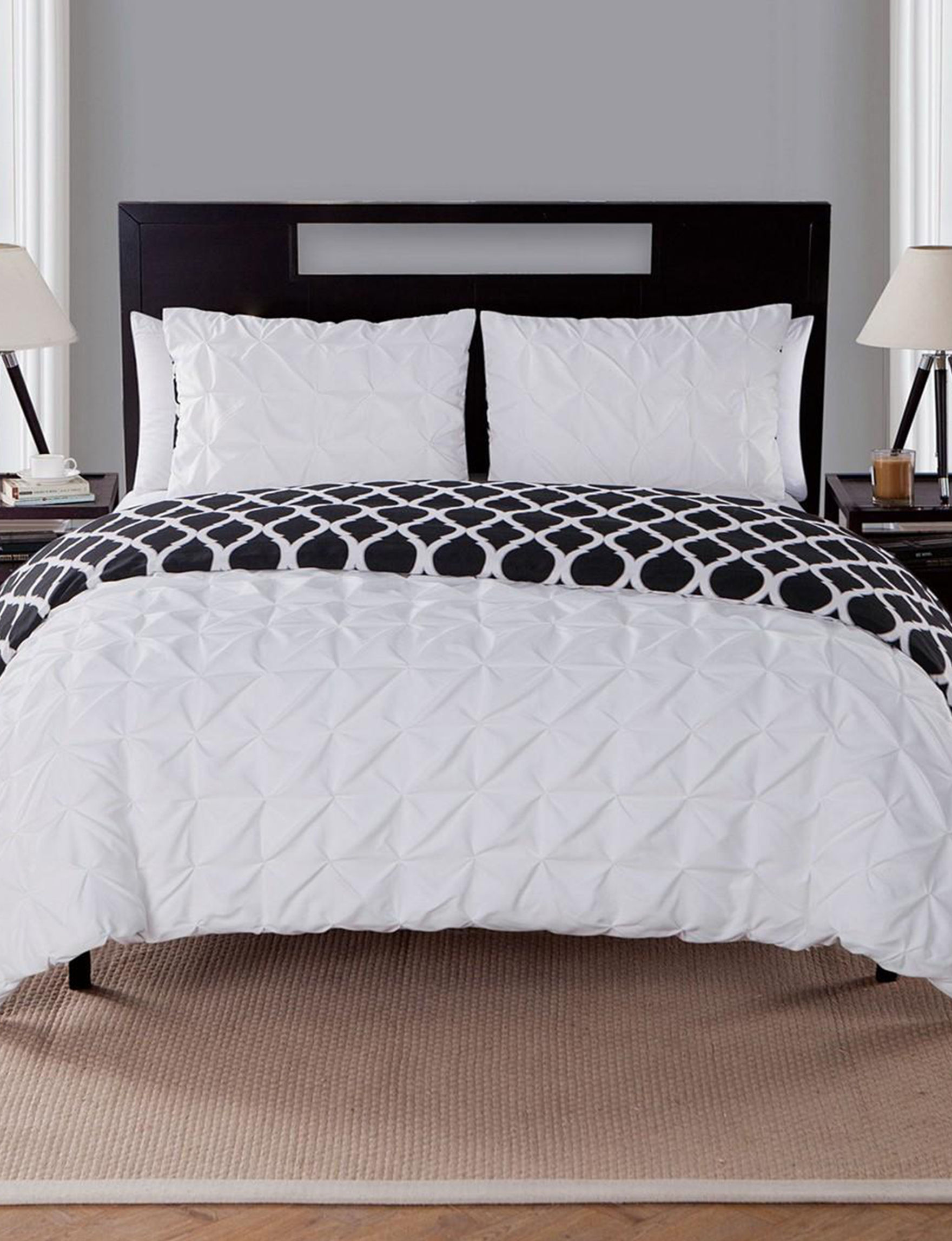 VCNY Home White Comforters & Comforter Sets