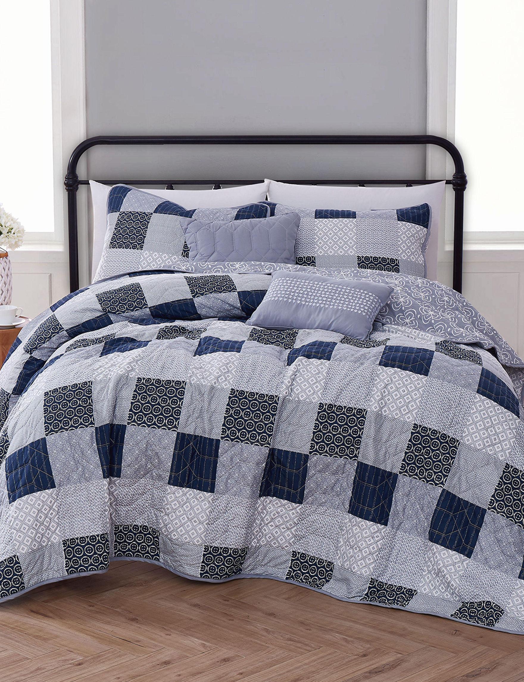 Avondale Manor Blue Multi Quilts & Quilt Sets