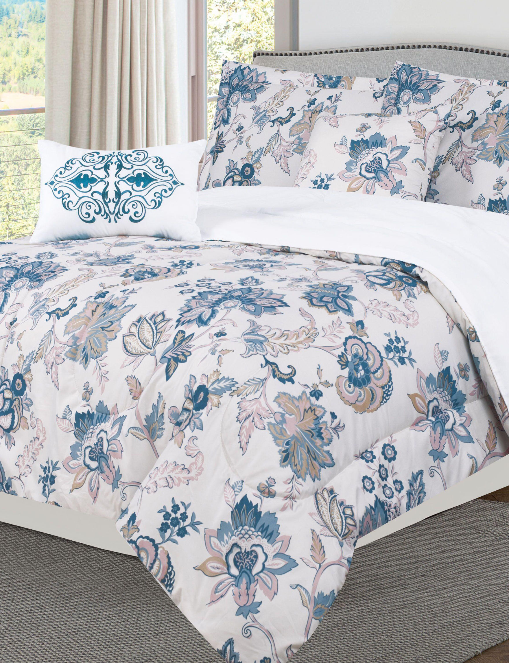 Bibbs Home White / Blue Comforters & Comforter Sets