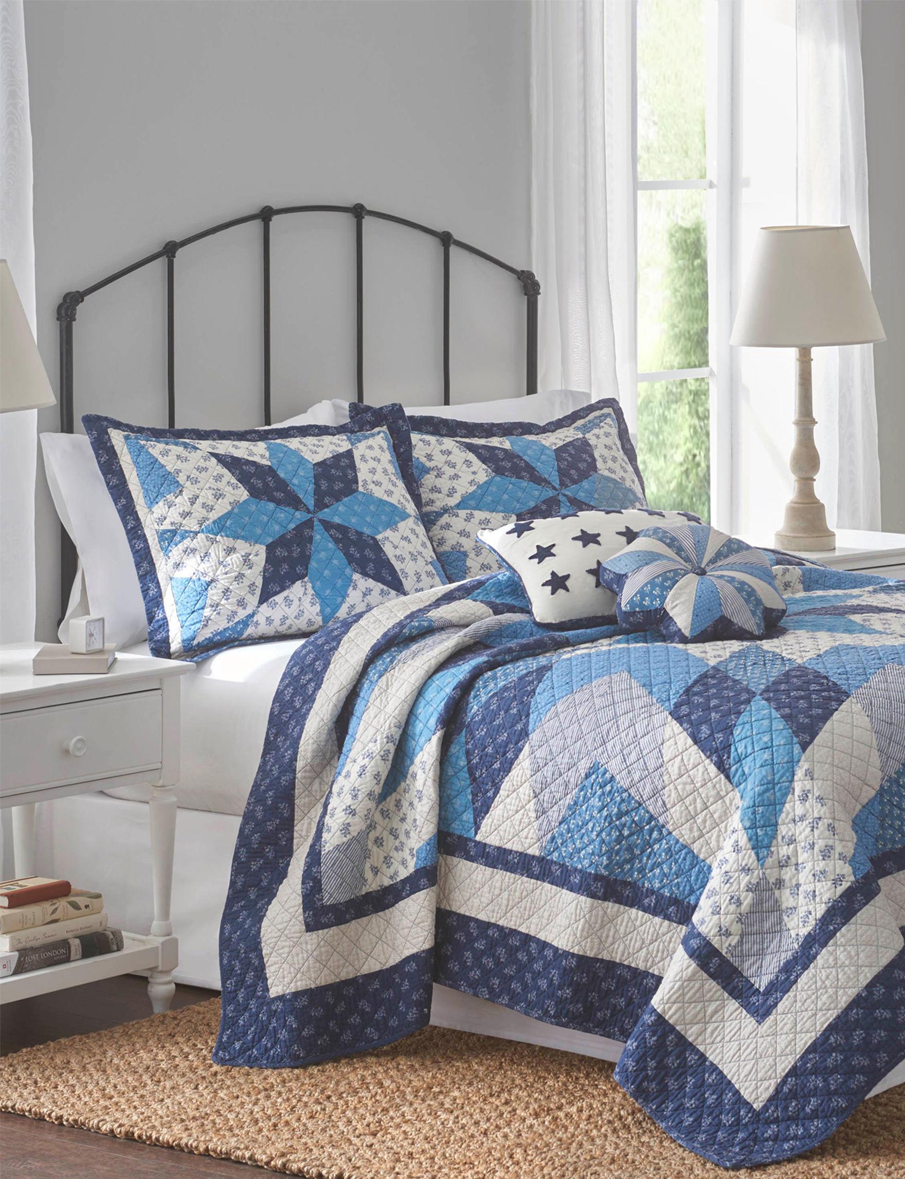 Nostalgia Home Blue / White Quilts & Quilt Sets