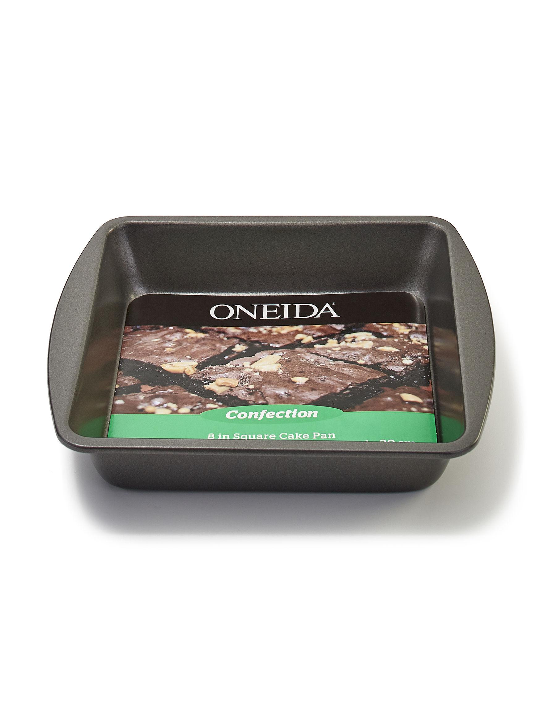 Oneida Carbon Steel Cake Pans Bakeware
