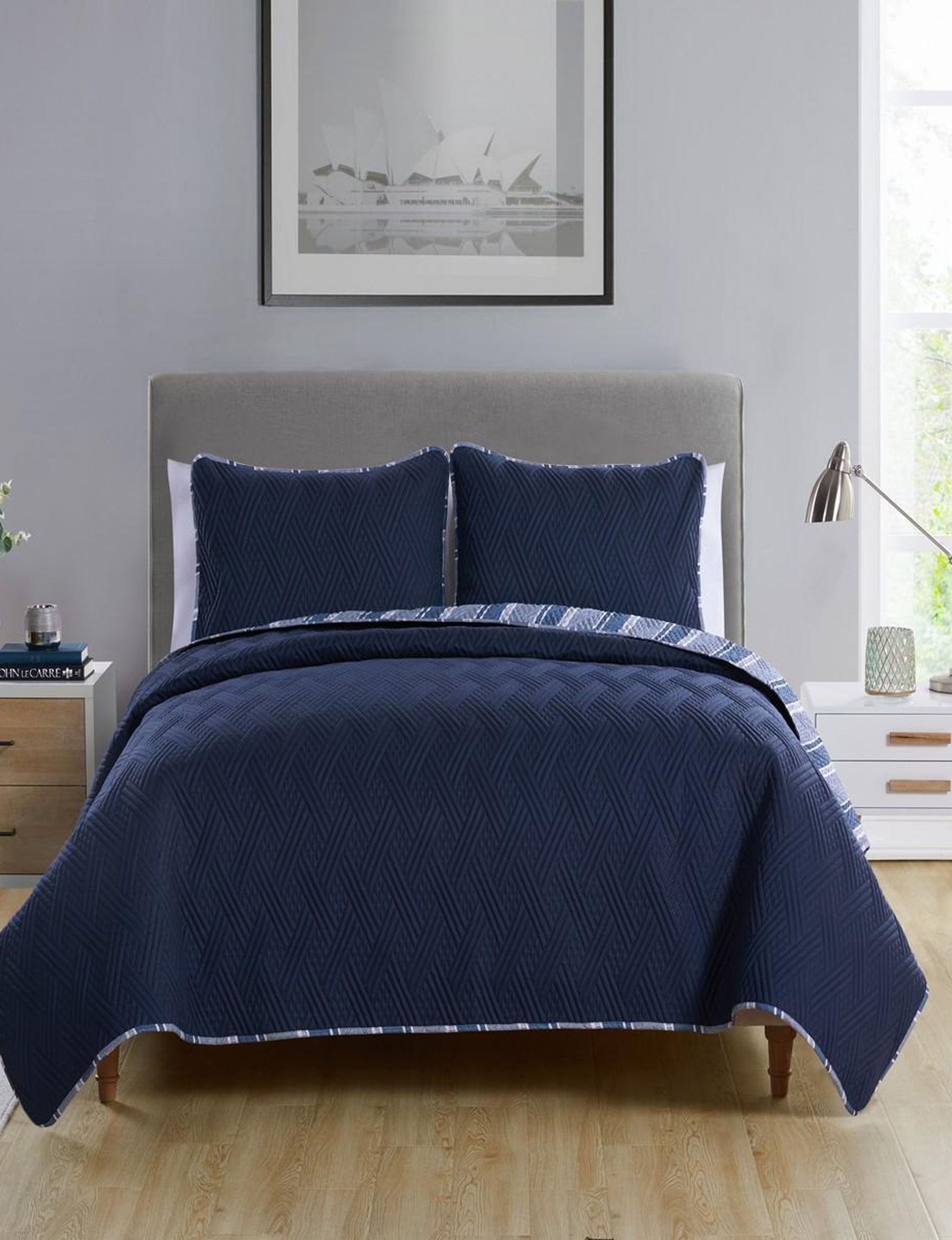 VCNY Home Navy Quilts & Quilt Sets