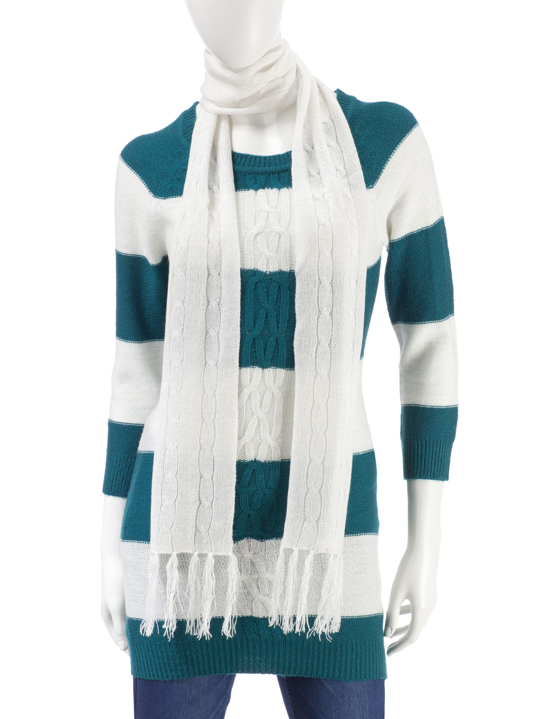 Made for Me to Look Amazing White / Turquoise Pull-overs