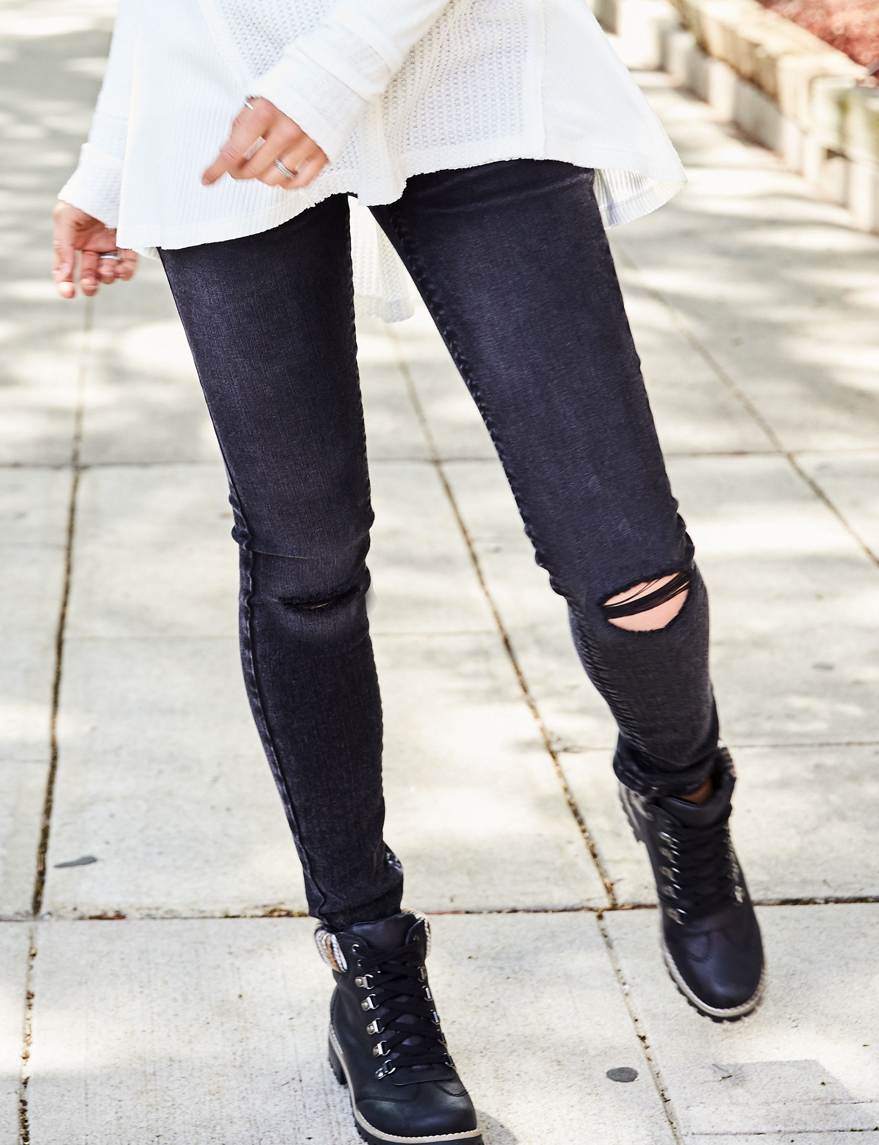 Almost Famous Black Skinny