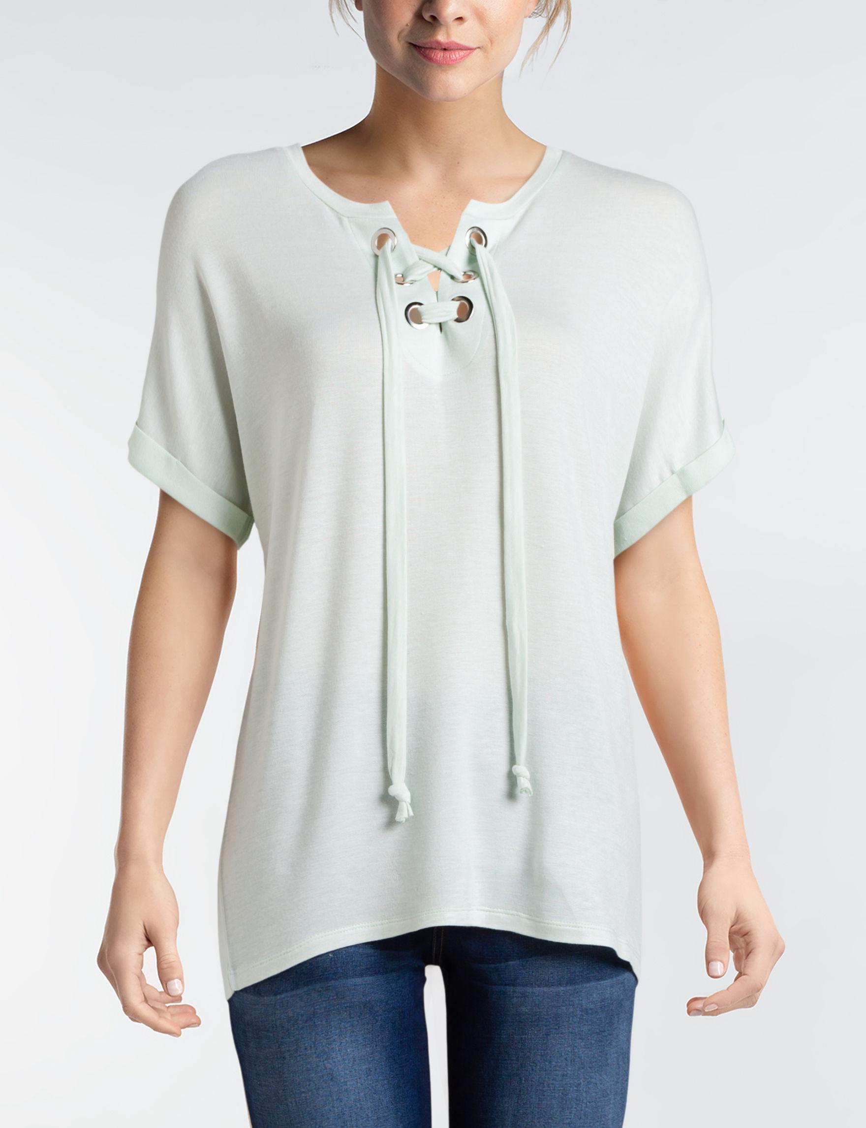 Signature Studio Mint Shirts & Blouses Tees & Tanks