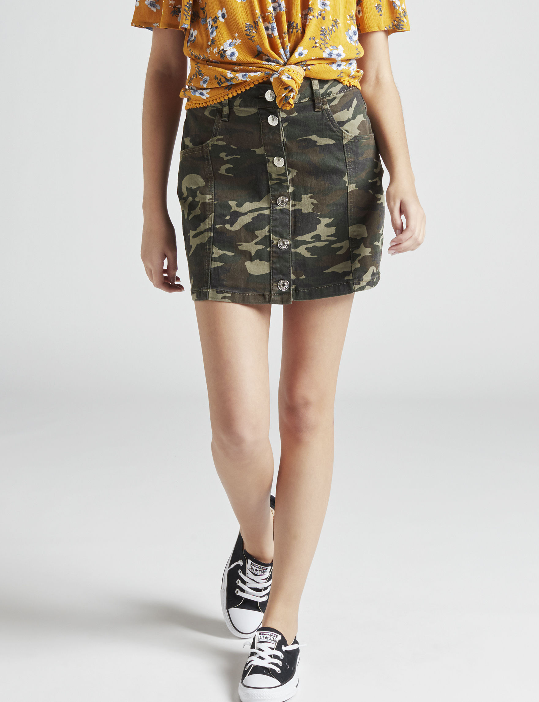 Almost Famous Green Camo Straight