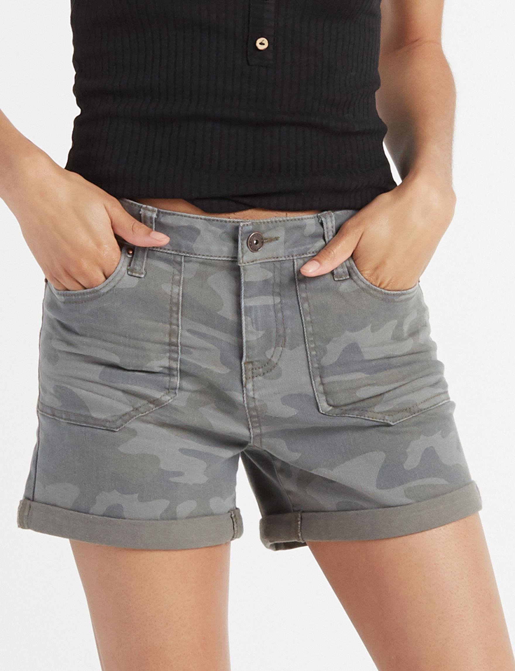 Vanilla Star Camo Denim Shorts