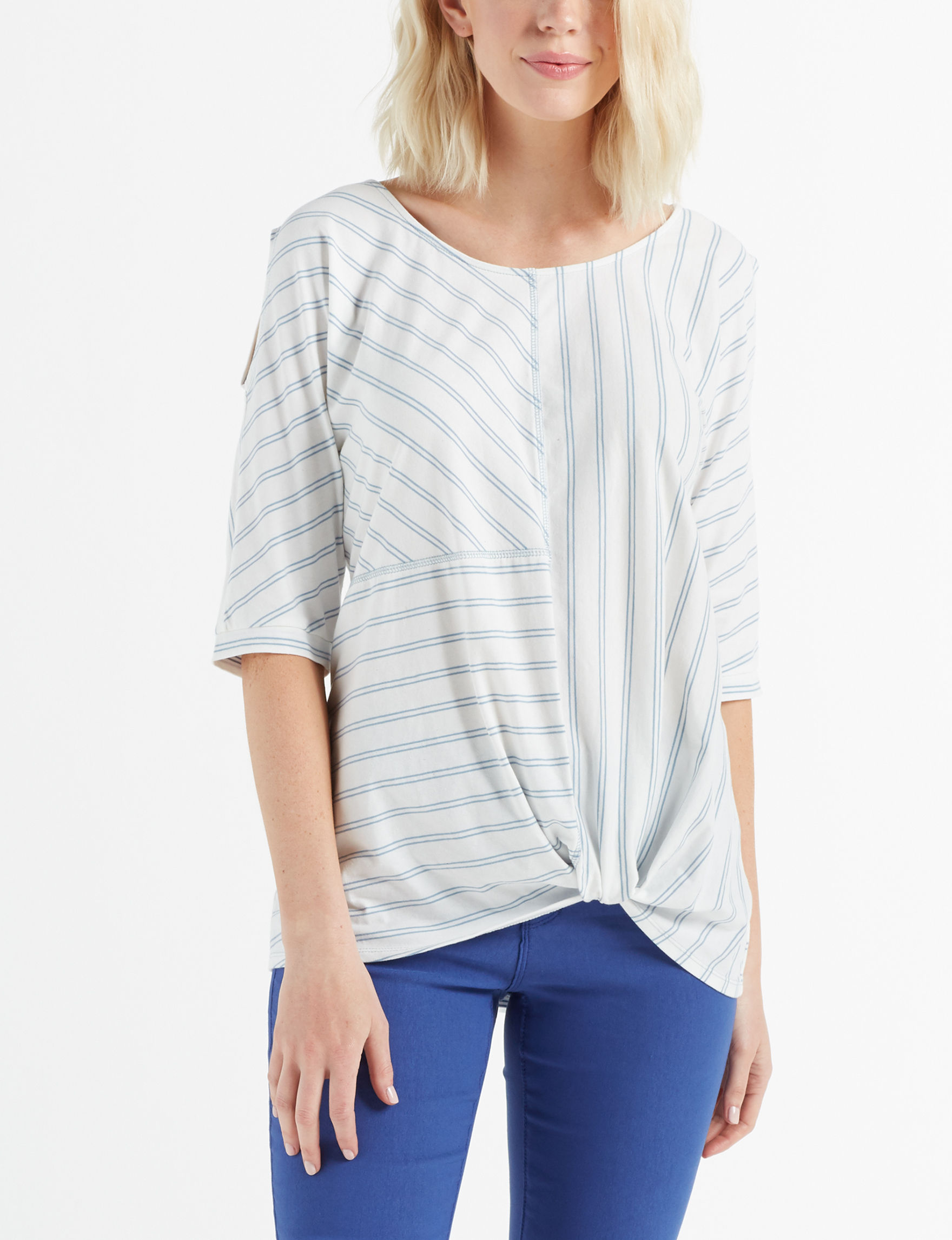 Signature Studio White / Blue Shirts & Blouses