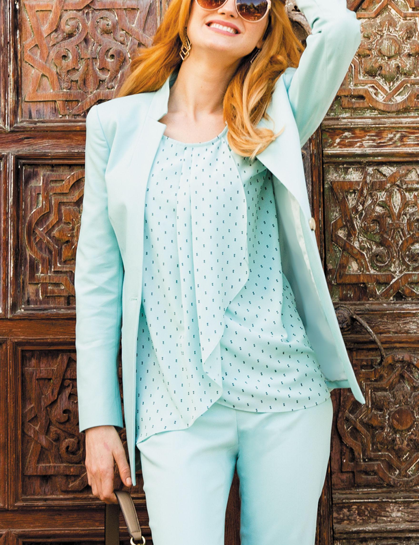 Chaus Aqua Lightweight Jackets & Blazers