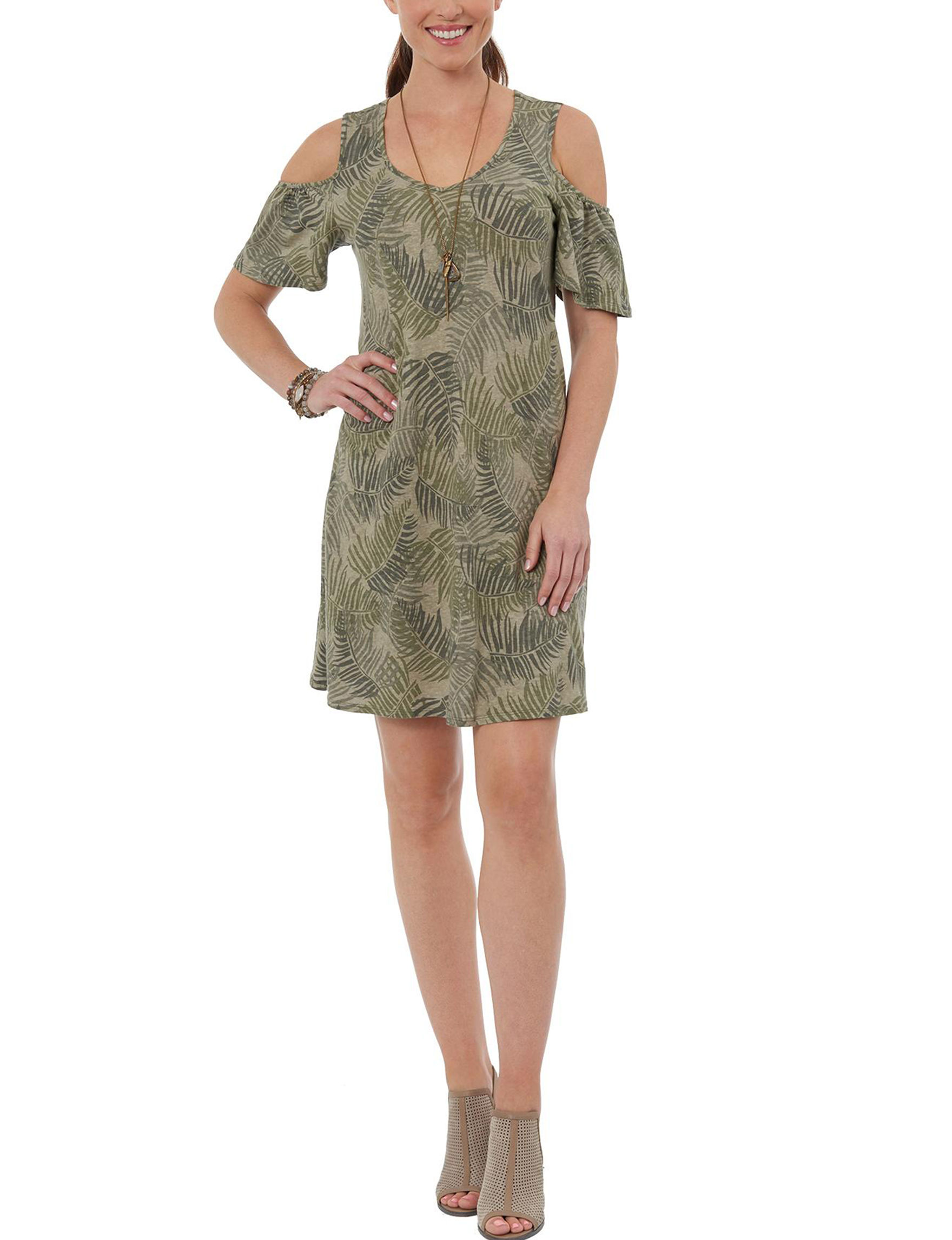 Democracy Green Everyday & Casual Shift Dresses