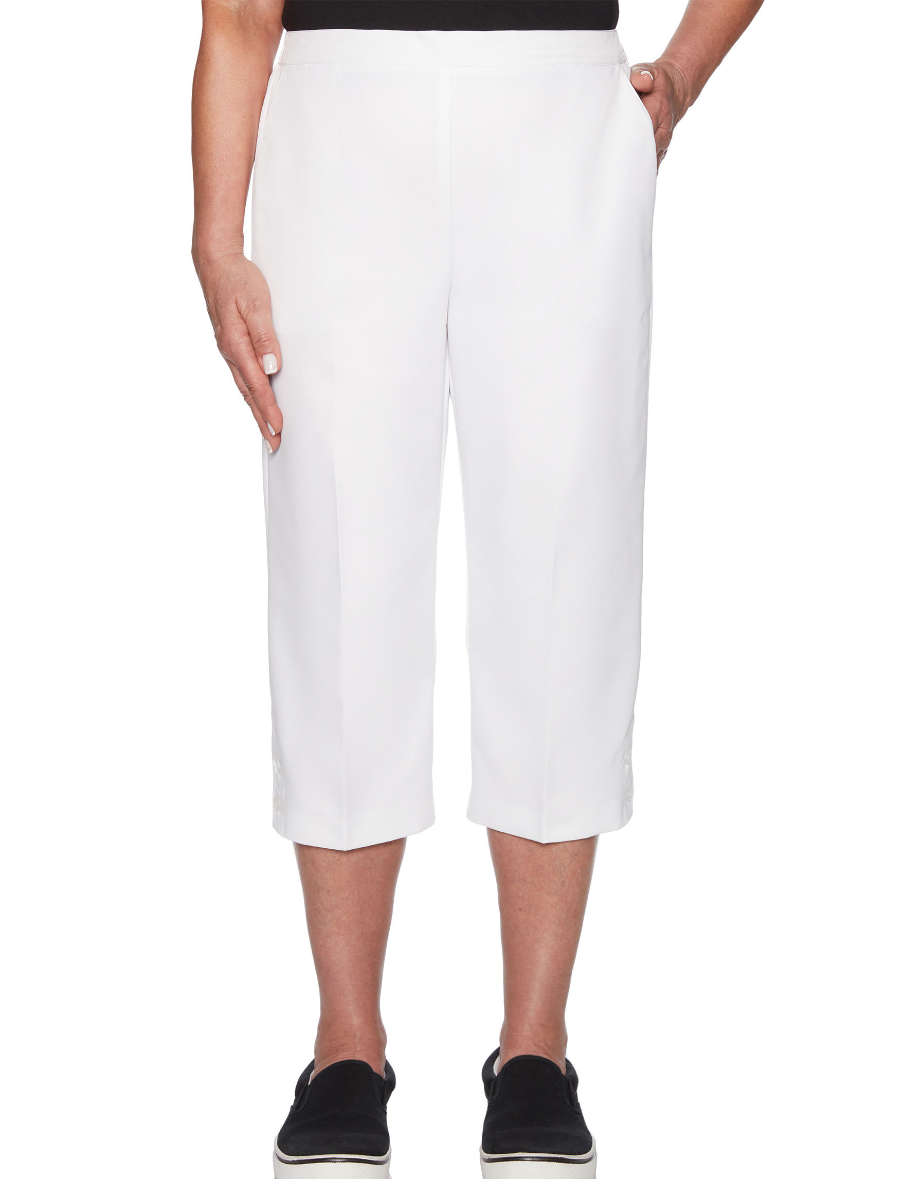 Alfred Dunner White Capris & Crops Classic