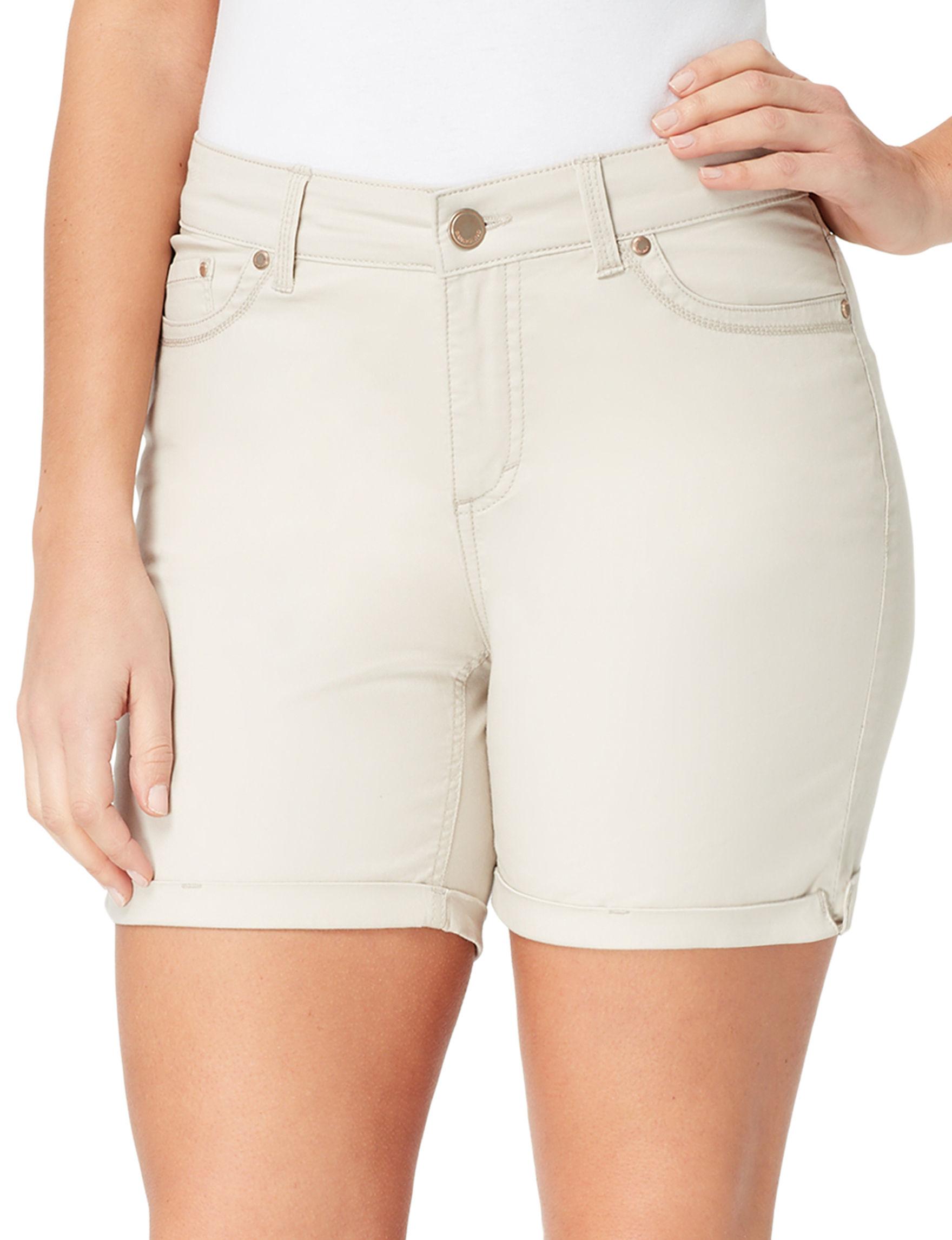 Bandolino Cream Denim Shorts