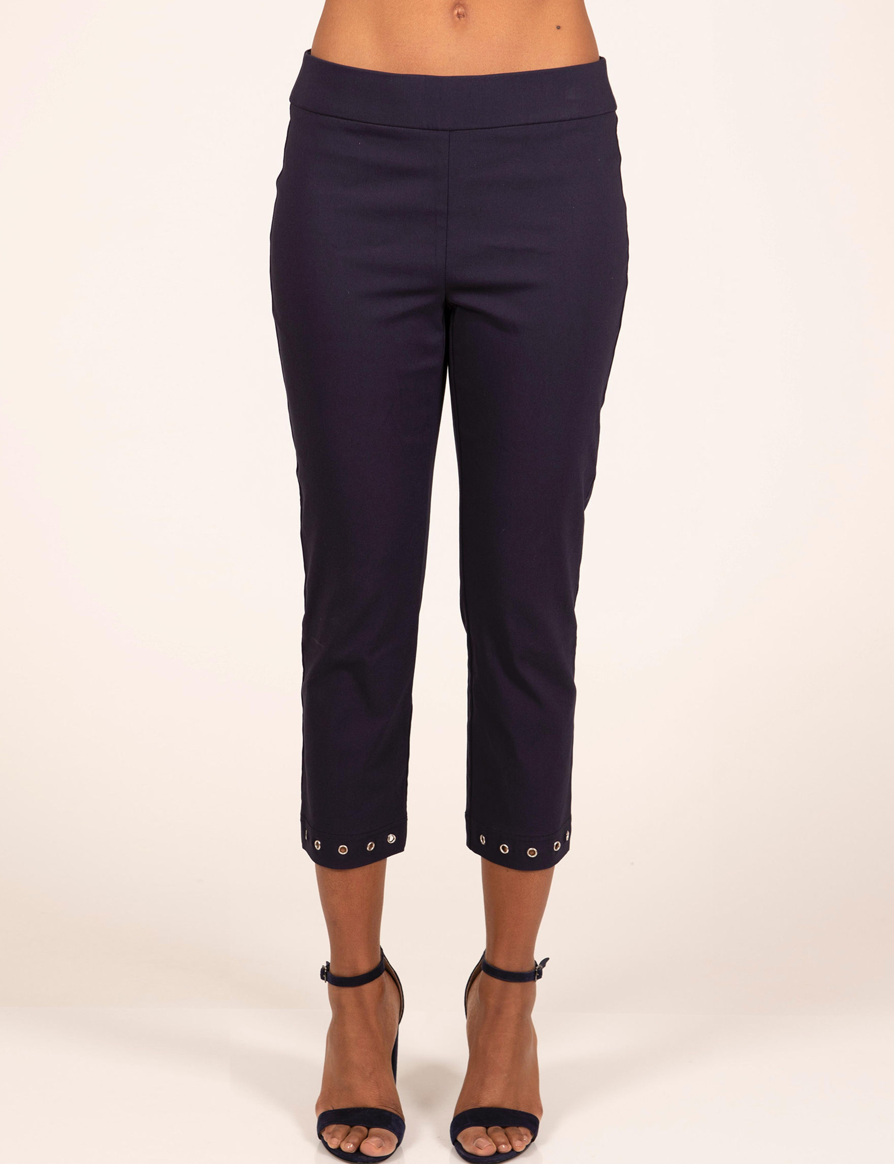 Skyes The Limit Navy Capris & Crops