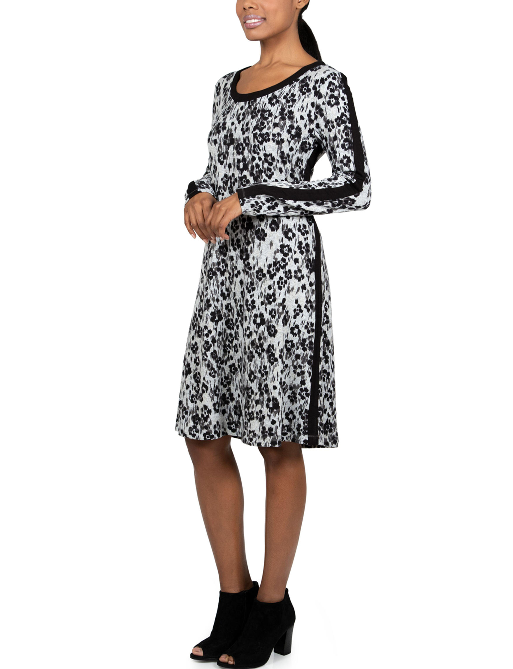 Skyes The Limit Grey / Black Everyday & Casual A-line Dresses