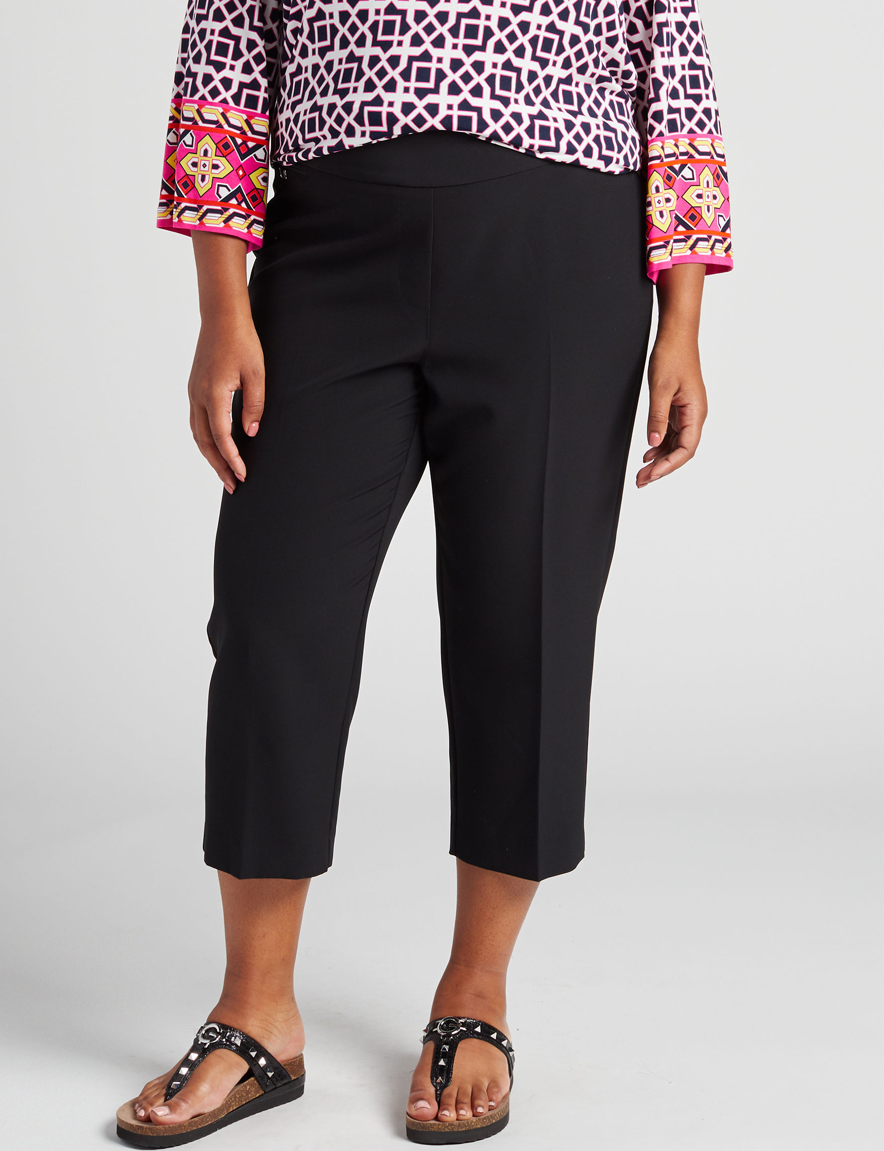 Valerie Stevens Black Capris & Crops Straight Stretch