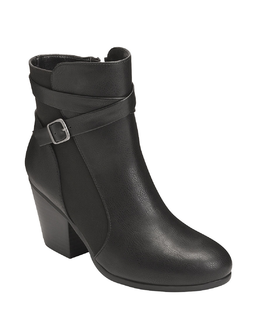 A2 by Aerosoles Black Ankle Boots & Booties Comfort