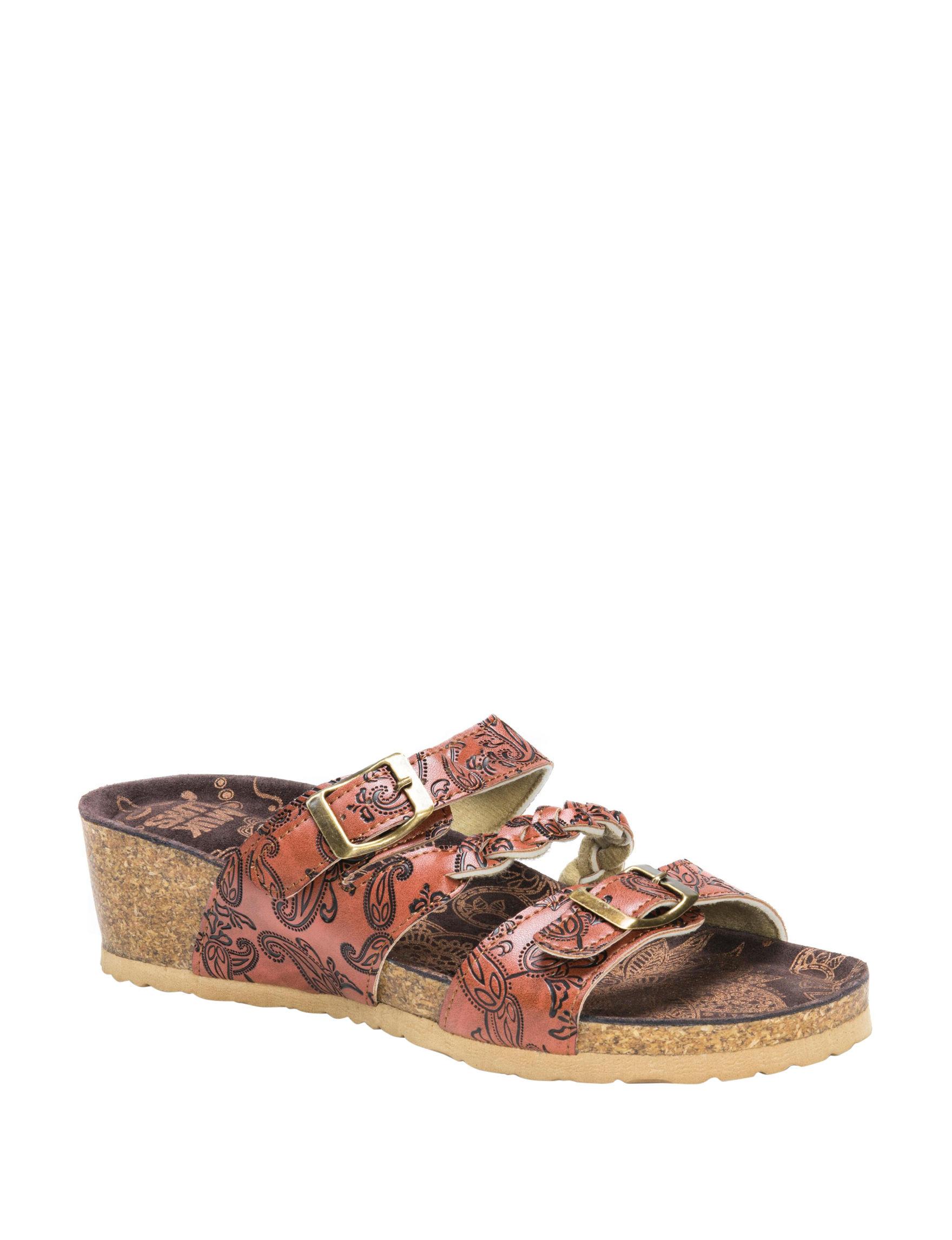 Muk Luks Brown Wedge Sandals