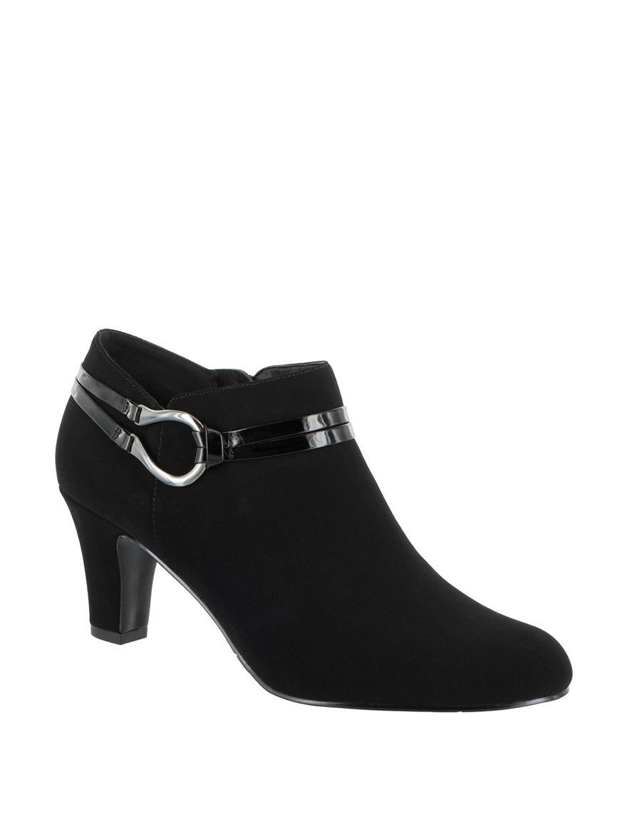 Easy Street Black Ankle Boots & Booties Comfort