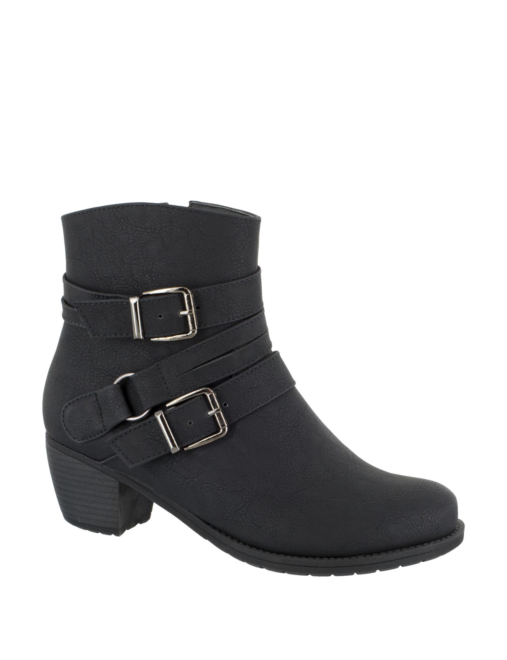 Easy Street Black Ankle Boots & Booties